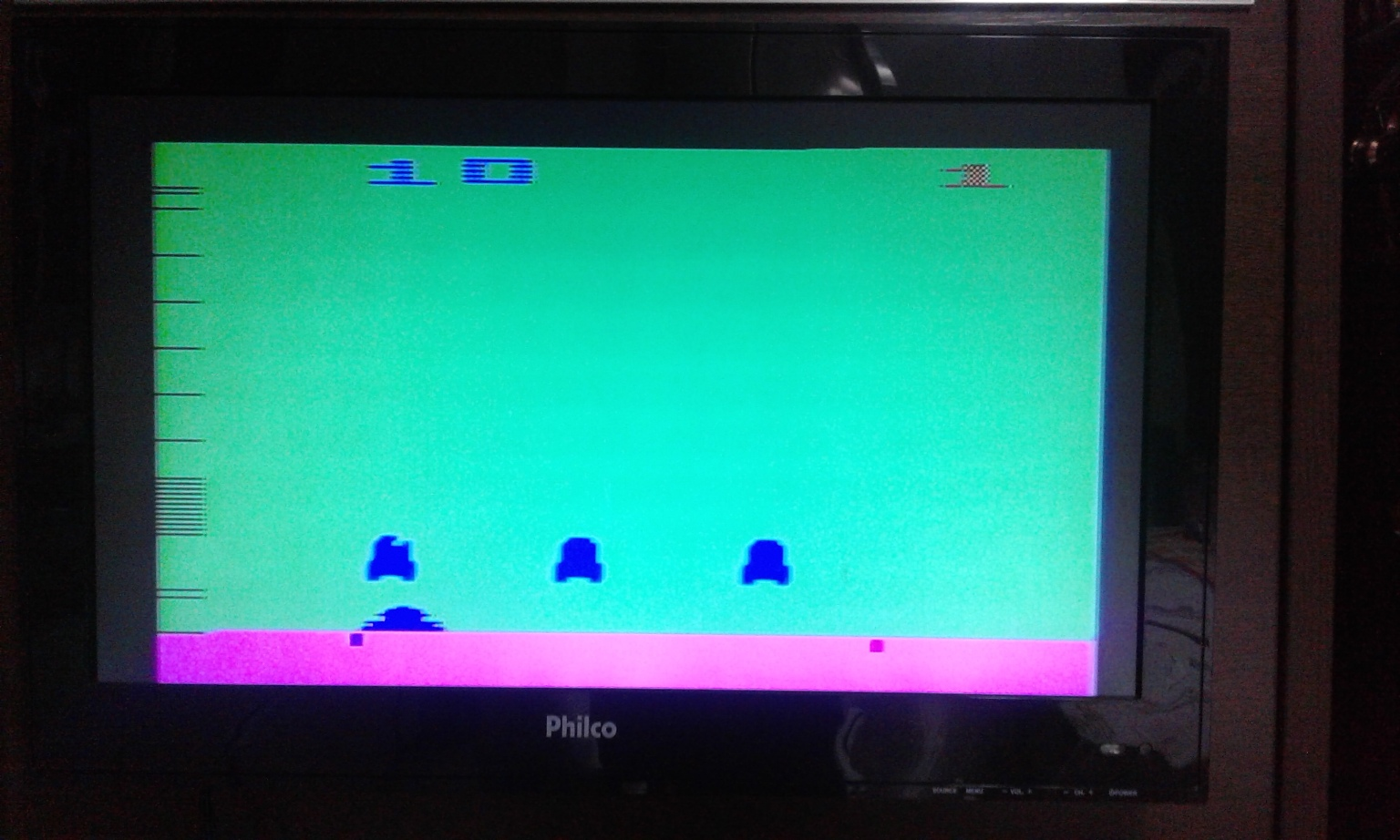 oyamafamily: Space Invaders: Game 10 (Atari 2600 Expert/A) 2,750 points on 2017-11-24 17:15:14