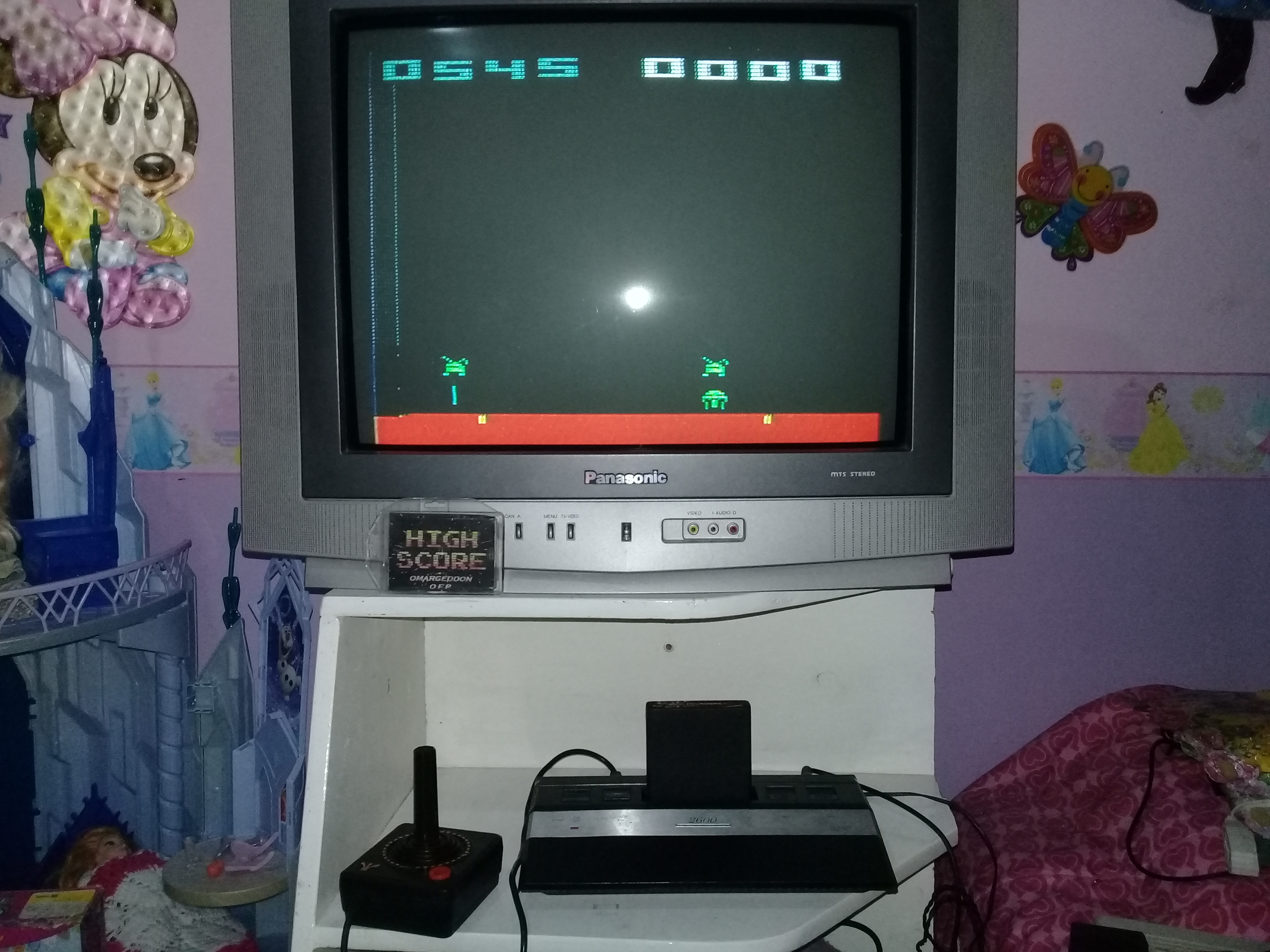 omargeddon: Space Invaders: Game 16 (Atari 2600 Novice/B) 545 points on 2019-05-22 20:09:18