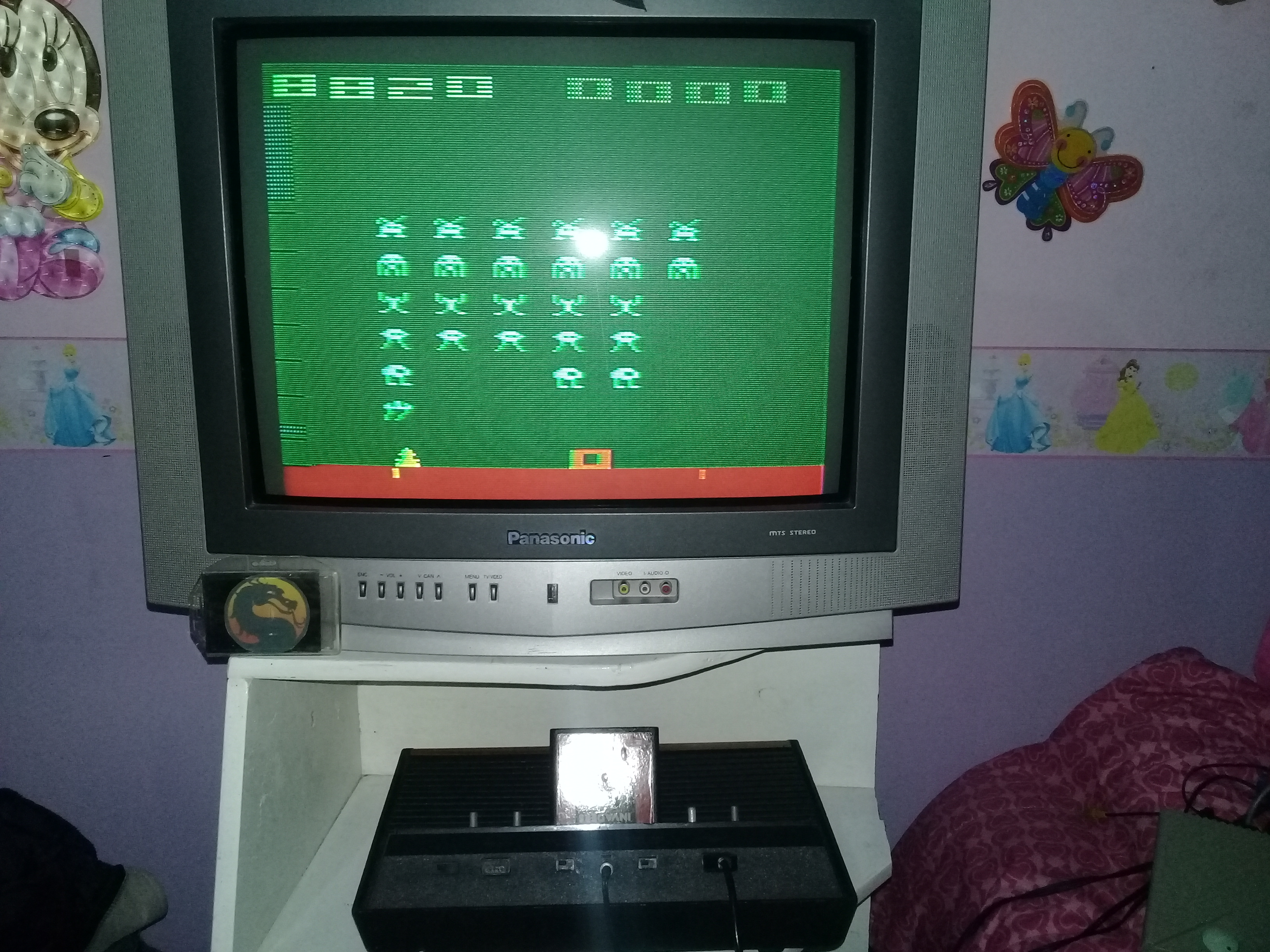 omargeddon: Space Invaders: Game 3 (Atari 2600 Novice/B) 8,820 points on 2020-02-02 18:58:17