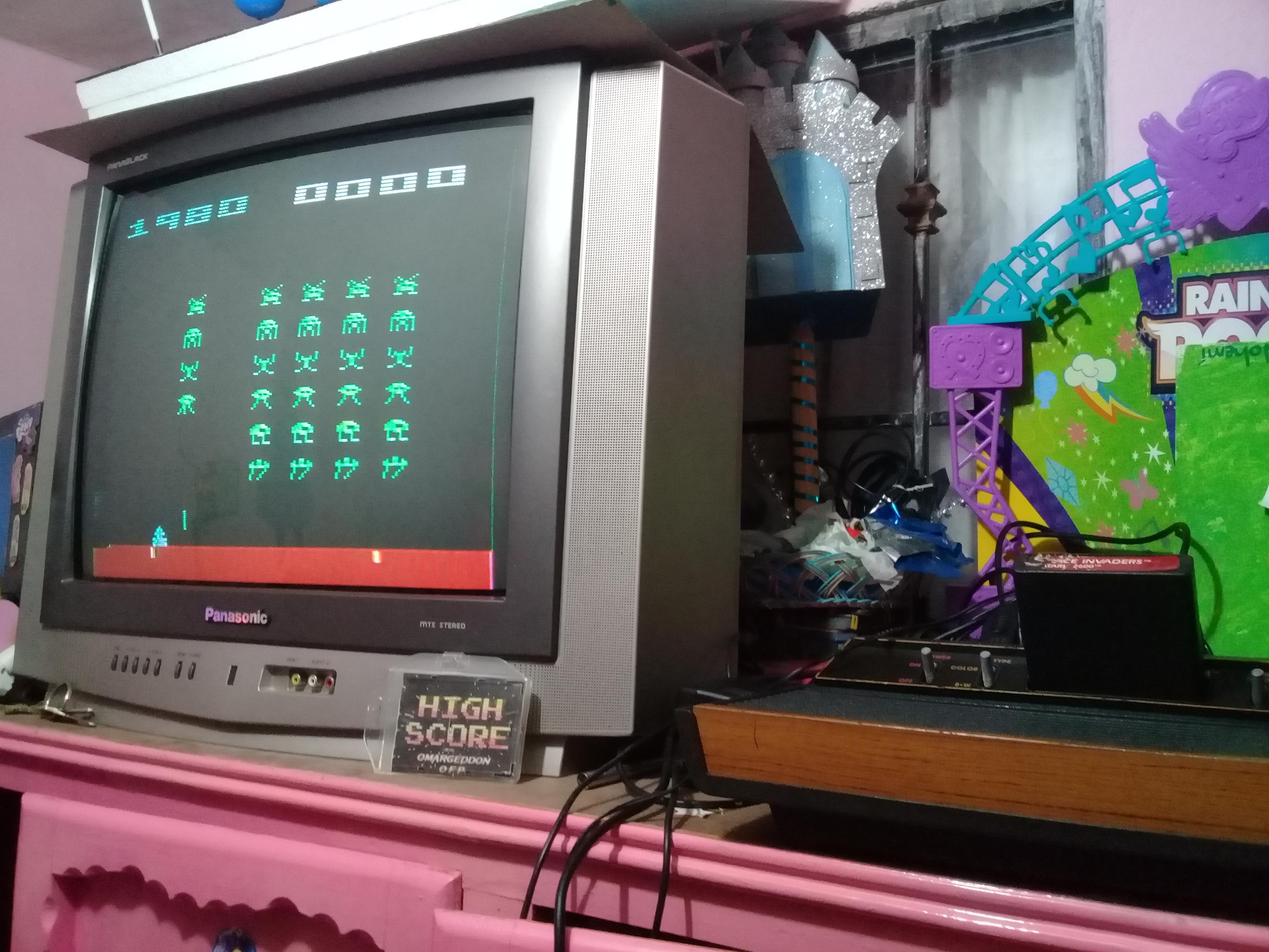 omargeddon: Space Invaders: Game 6 (Atari 2600 Novice/B) 1,980 points on 2019-01-14 09:39:54