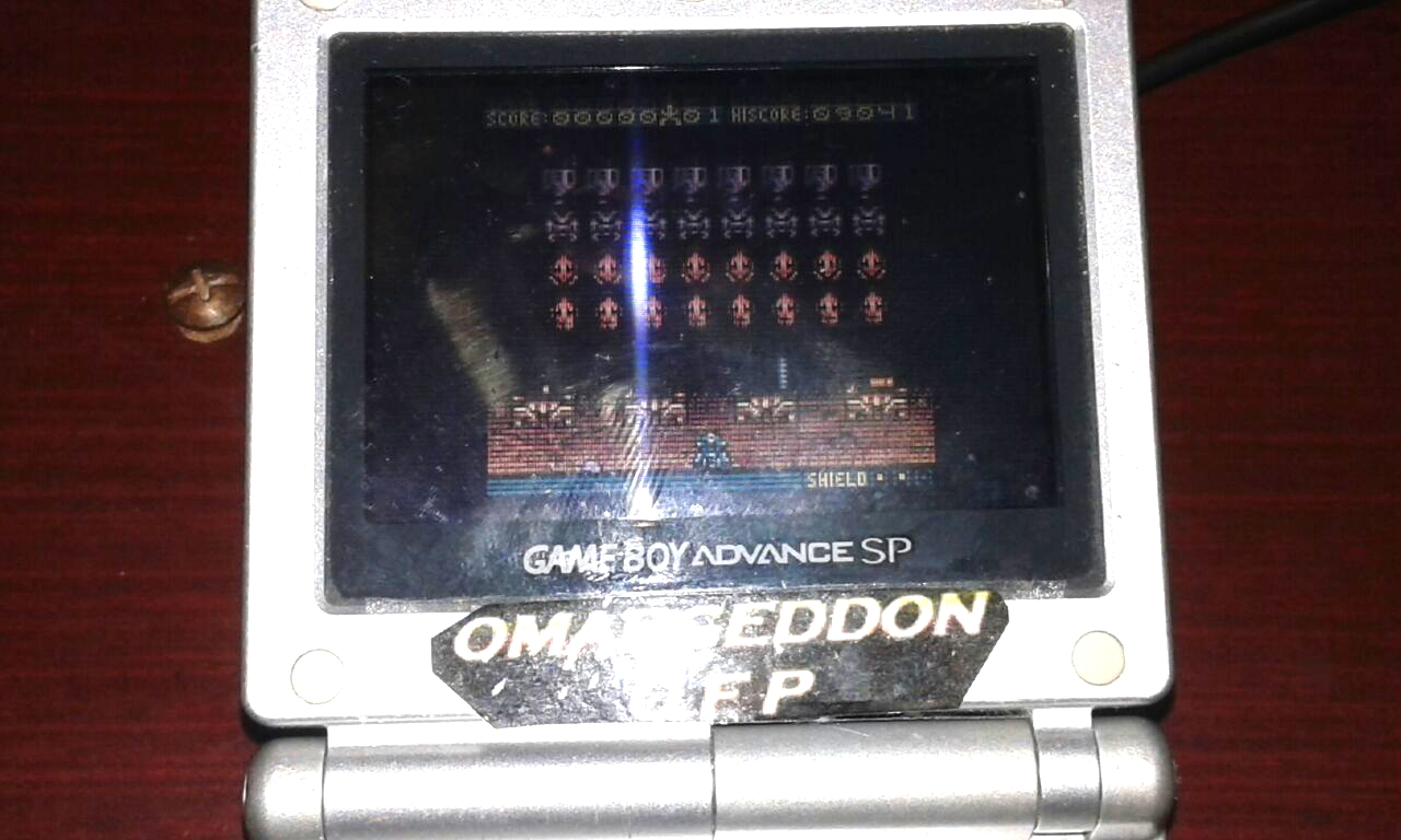 omargeddon: Space Invaders (Game Boy Color) 9,041 points on 2018-02-28 18:34:26