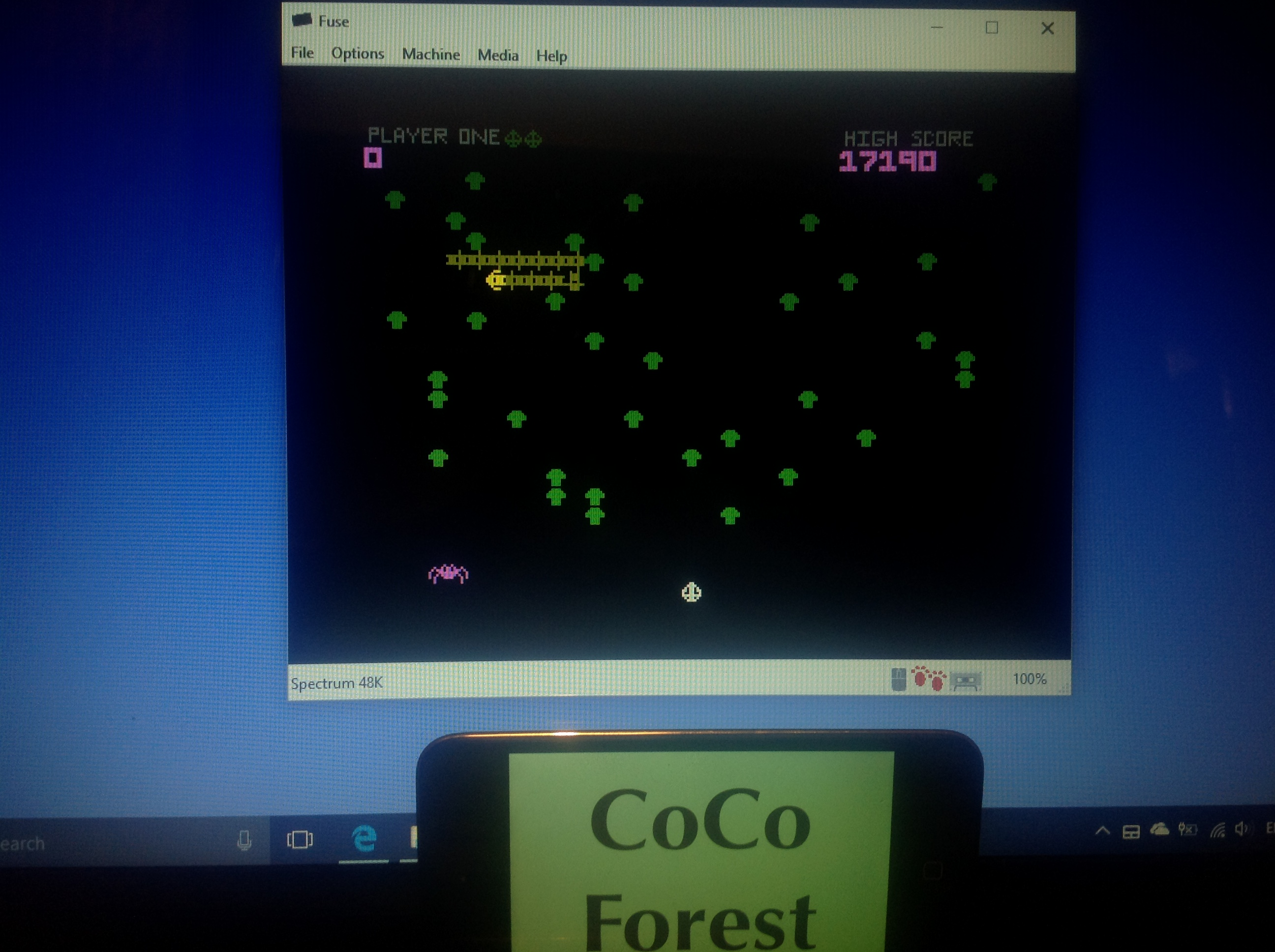 CoCoForest: Spectipede [R&R Software / Mastertronic] (ZX Spectrum Emulated) 17,190 points on 2018-01-24 14:01:27