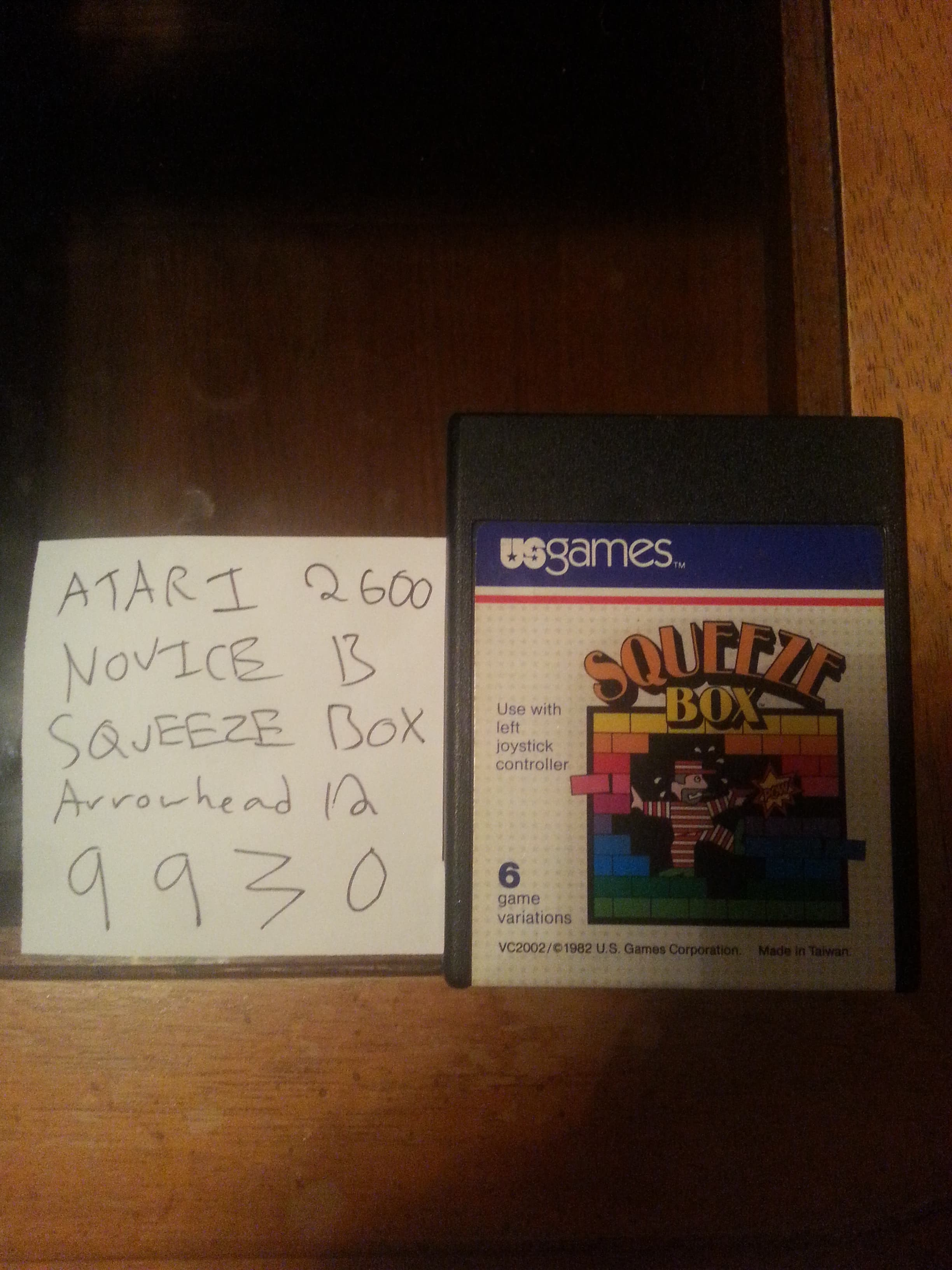 Arrowhead12: Squeeze Box (Atari 2600 Novice/B) 9,930 points on 2018-09-28 02:09:40