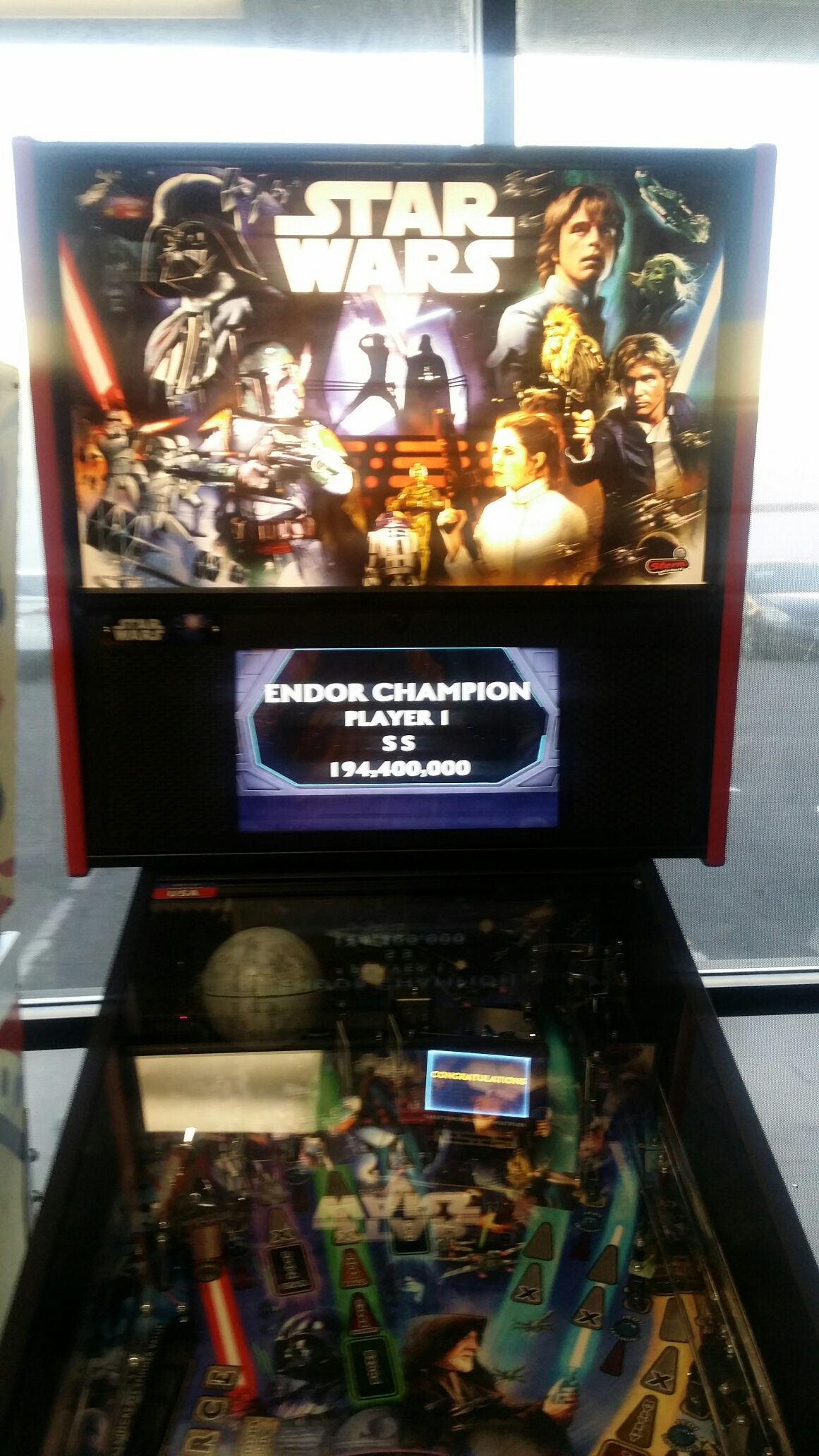 Stern Pinball: 2017 - Endor Champion 194,400,000 points