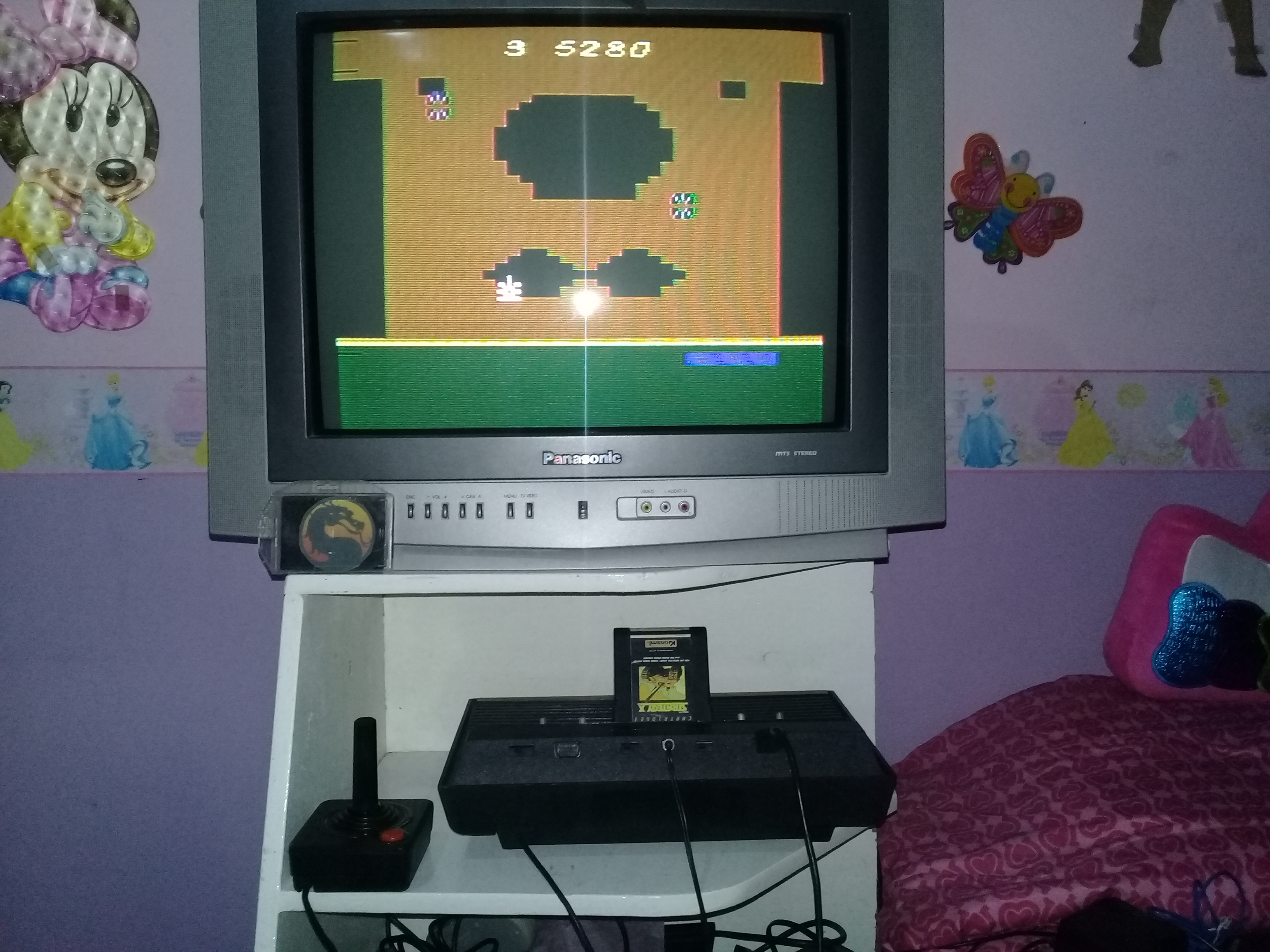 omargeddon: Strategy X (Atari 2600 Novice/B) 5,280 points on 2019-11-19 18:39:24