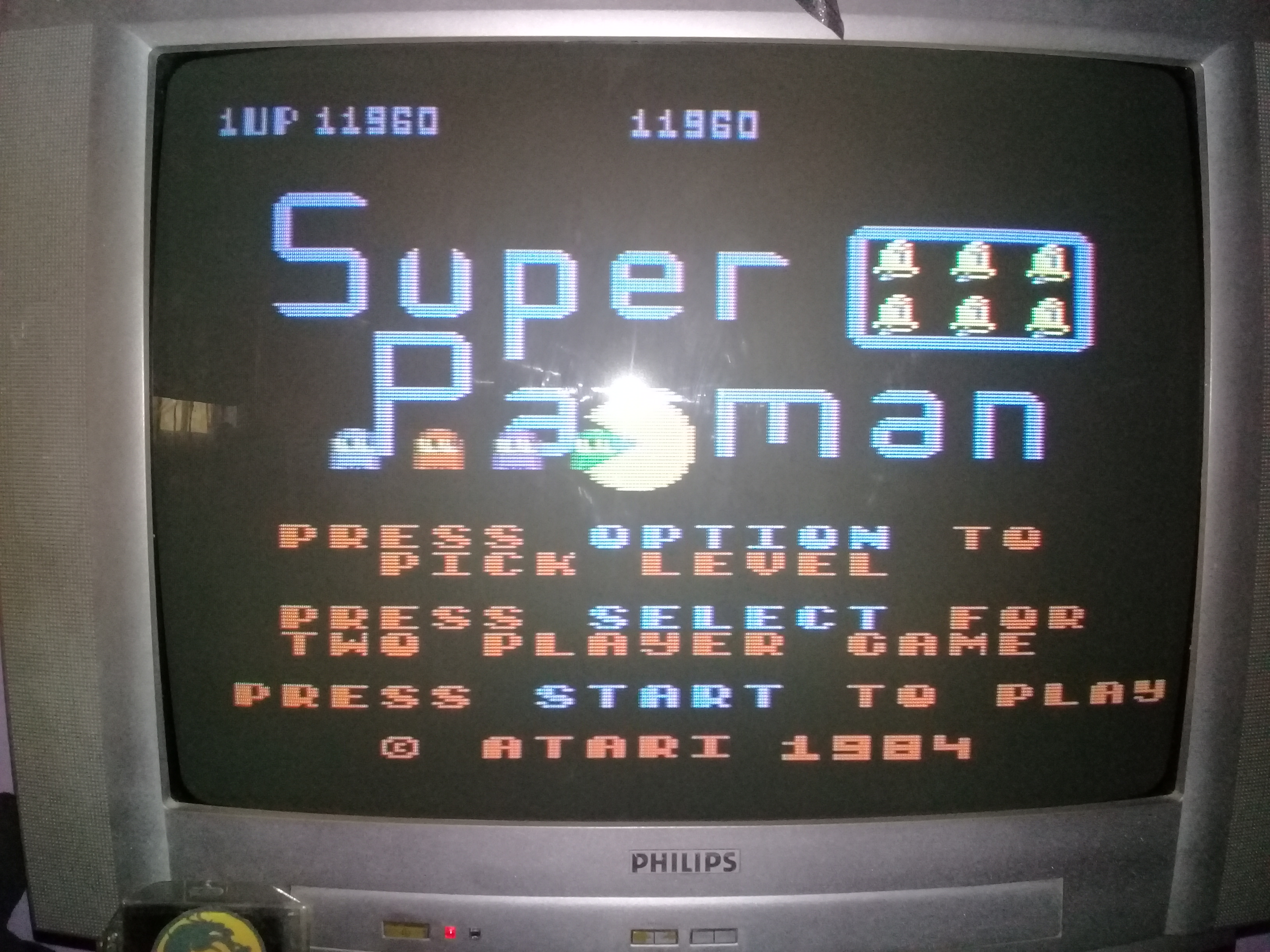 omargeddon: Super Pacman [Bell Start] (Atari 400/800/XL/XE) 11,960 points on 2020-03-15 18:52:04