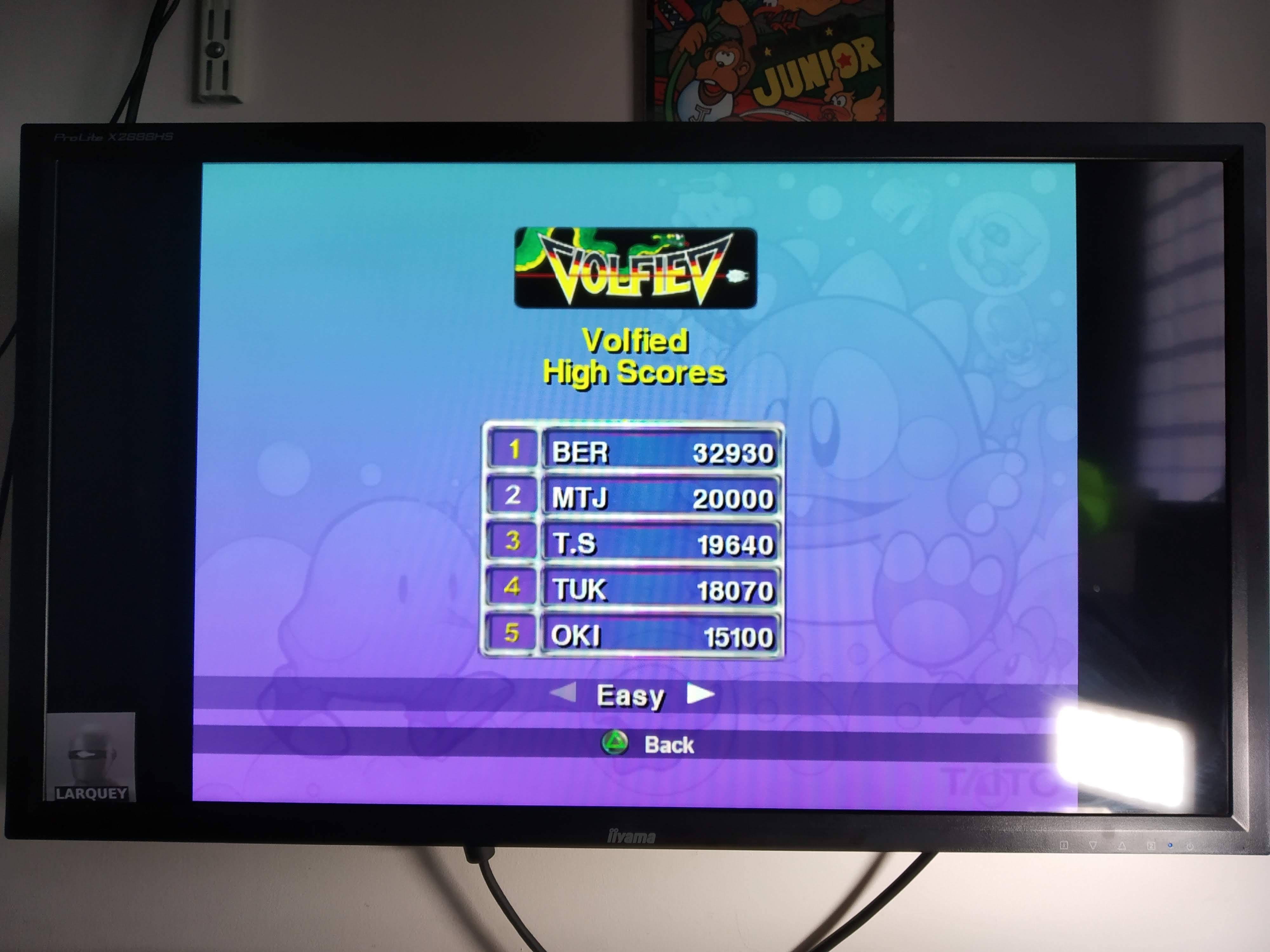 Larquey: Taito Legends: Volfied [Easy] (Playstation 2 Emulated) 32,930 points on 2020-07-31 08:52:16