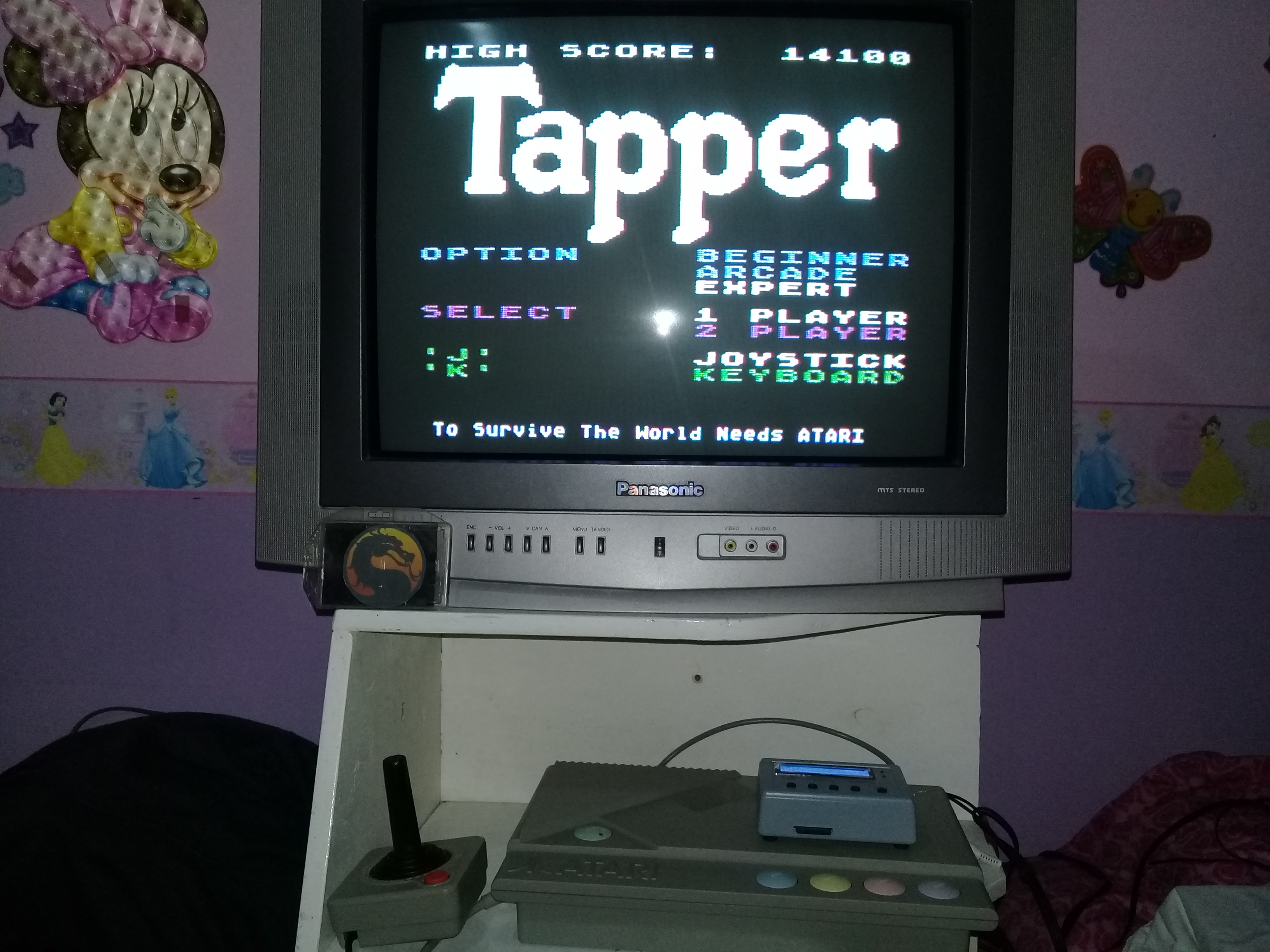 omargeddon: Tapper [Expert] (Atari 400/800/XL/XE) 14,100 points on 2019-12-30 22:34:45