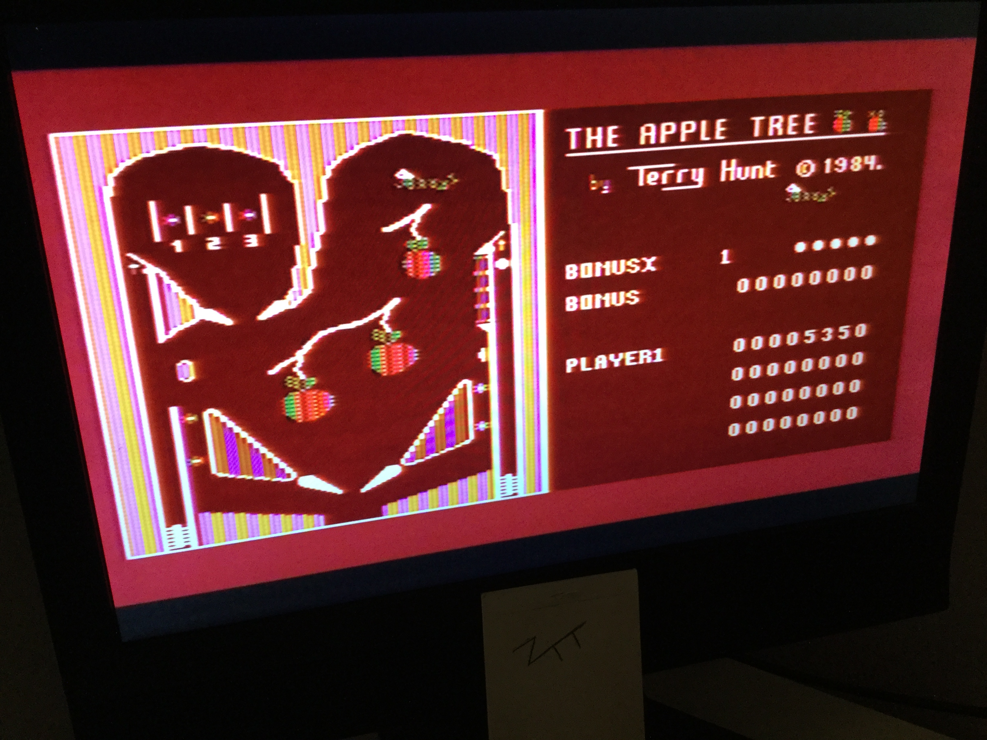 Frankie: The Apple Tree (Atari 400/800/XL/XE) 5,350 points on 2020-04-06 03:49:09