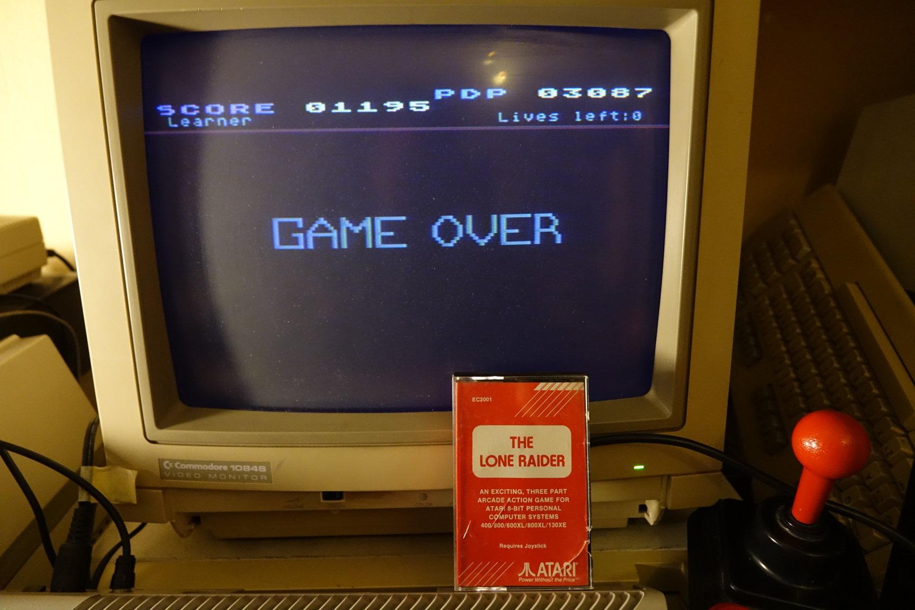 plus4punk: The Lone Raider (Atari 400/800/XL/XE) 3,087 points on 2020-04-24 16:59:06
