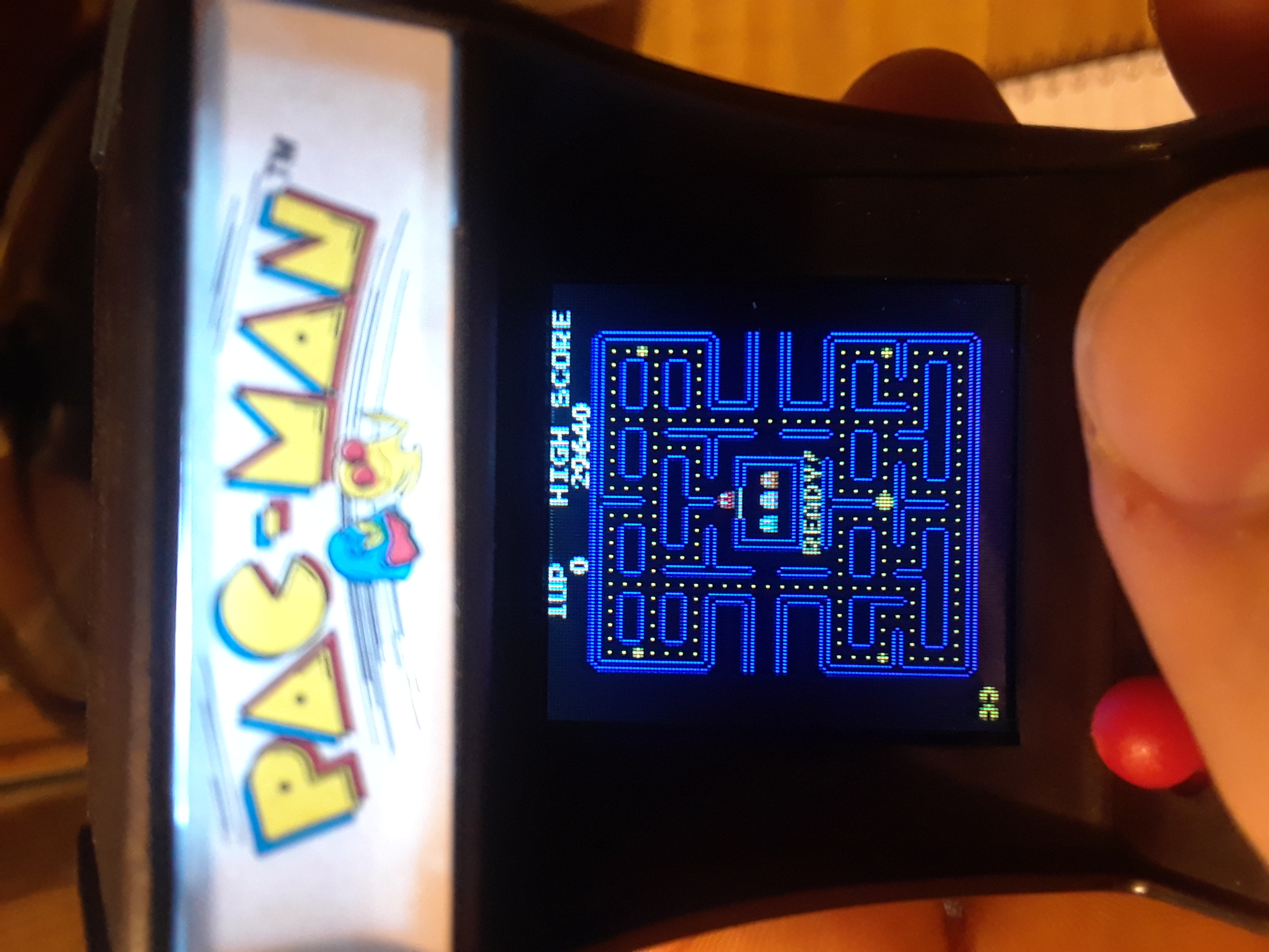 Scorechaserpony: Tiny Arcade: Pac-man (Dedicated Handheld) 29,640 points on 2018-08-24 22:18:45