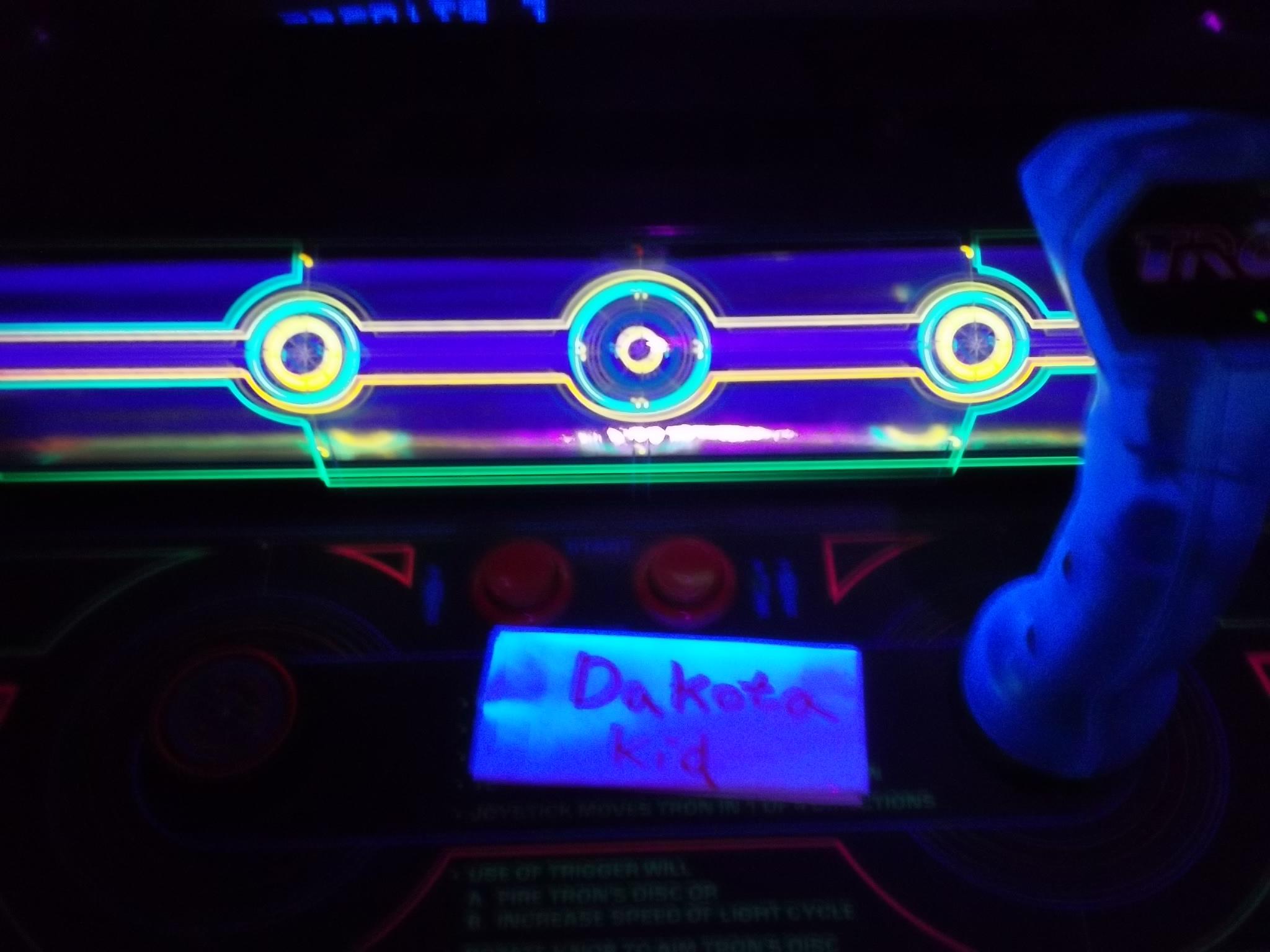 DakotaKid: Tron (Arcade) 45,698 points on 2017-01-19 14:35:10