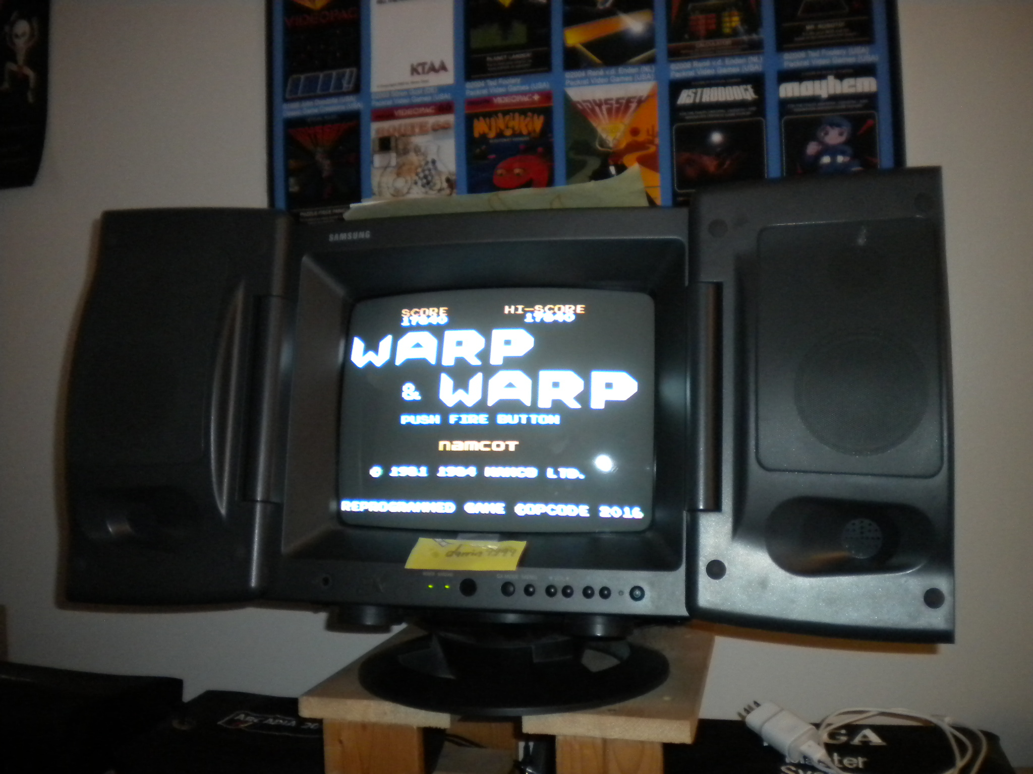 darrin9999: Warp & Warp (Colecovision) 17,840 points on 2017-07-28 17:46:31