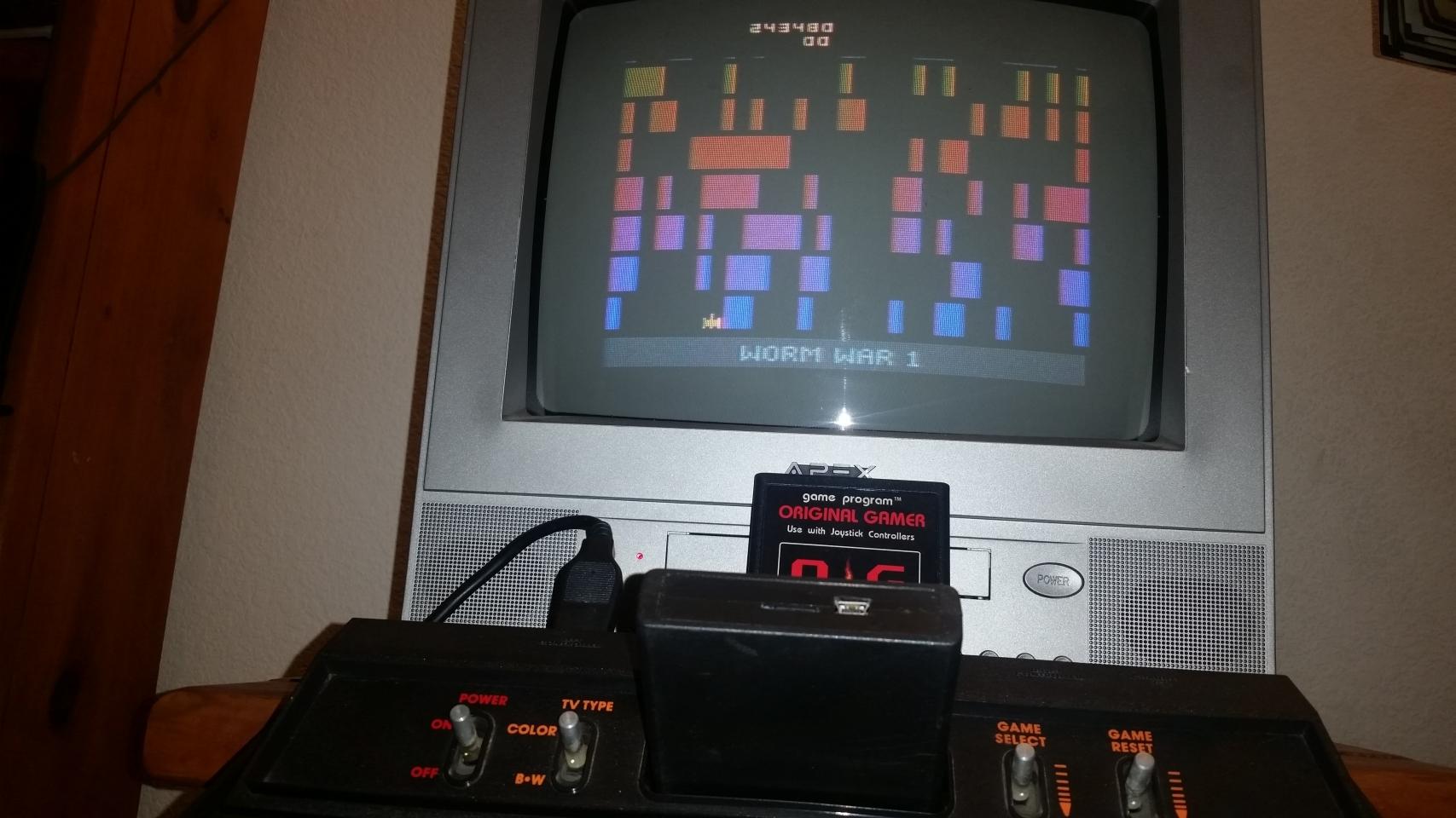 OriginalGamer: Worm War I (Atari 2600 Novice/B) 243,480 points on 2018-01-07 04:13:00