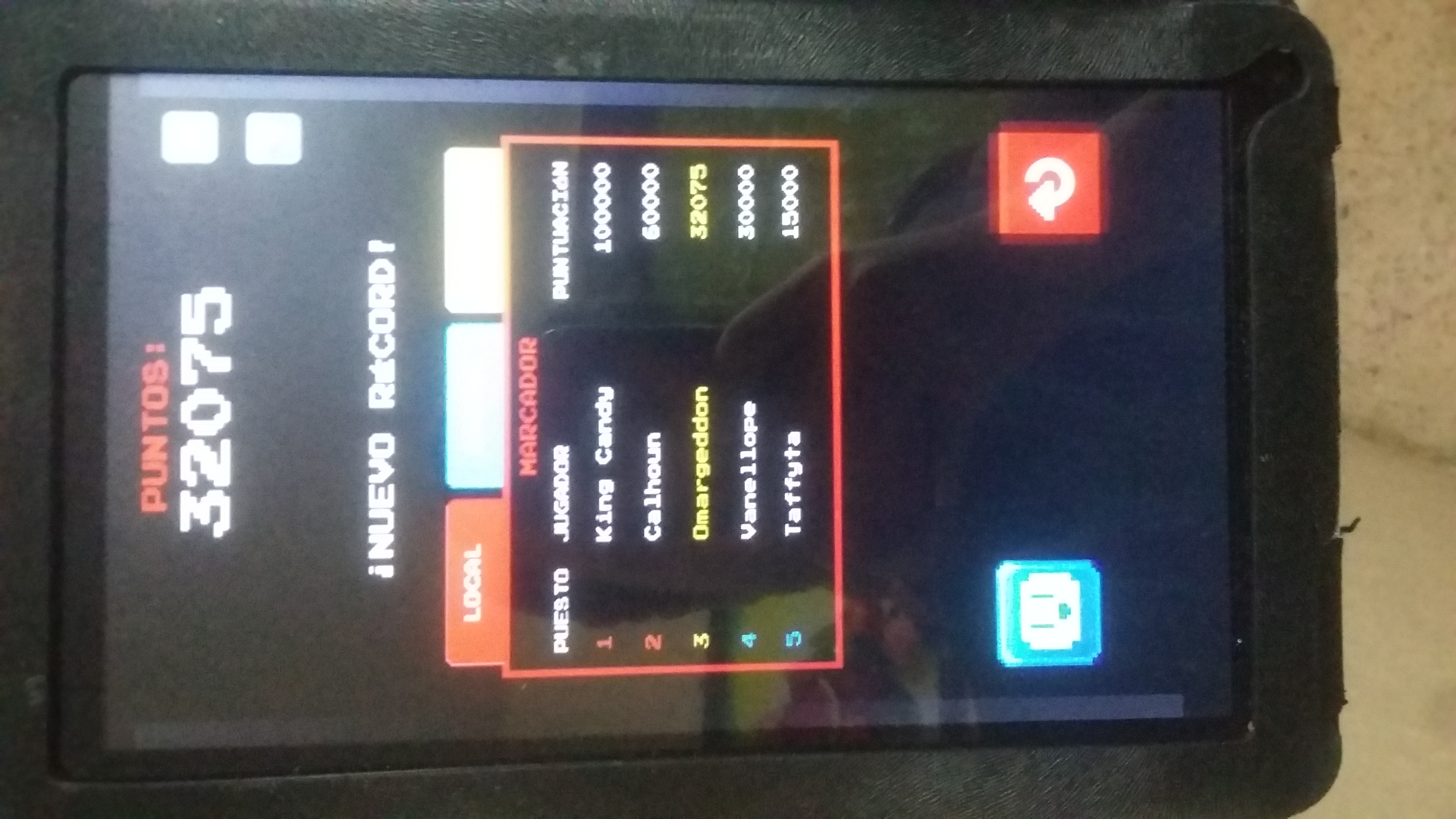 omargeddon: Wreck It Ralph: Fix It Felix Jr. (Android) 32,075 points on 2016-10-29 17:51:34