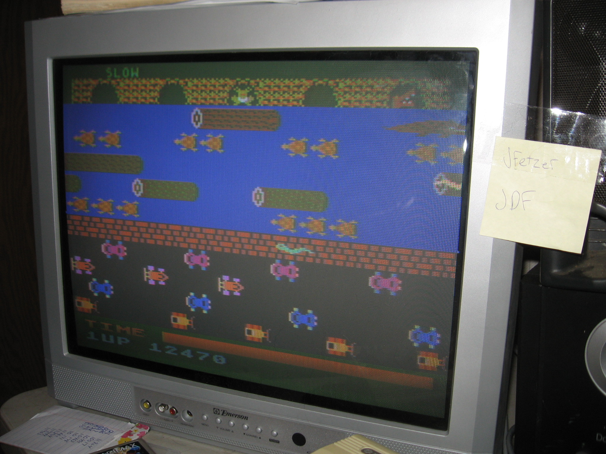 jfetzer: Frogger: Slow [Parker Brothers] (Atari 400/800/XL/XE) 12,470 points on 2014-06-19 19:34:27