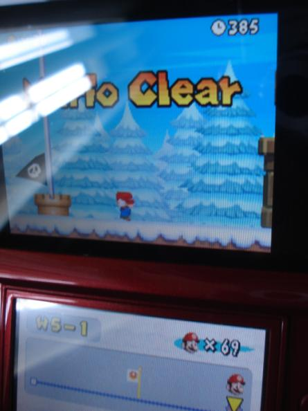 New Super Mario Bros.: World 5-1 [Remaining Time] 385 points
