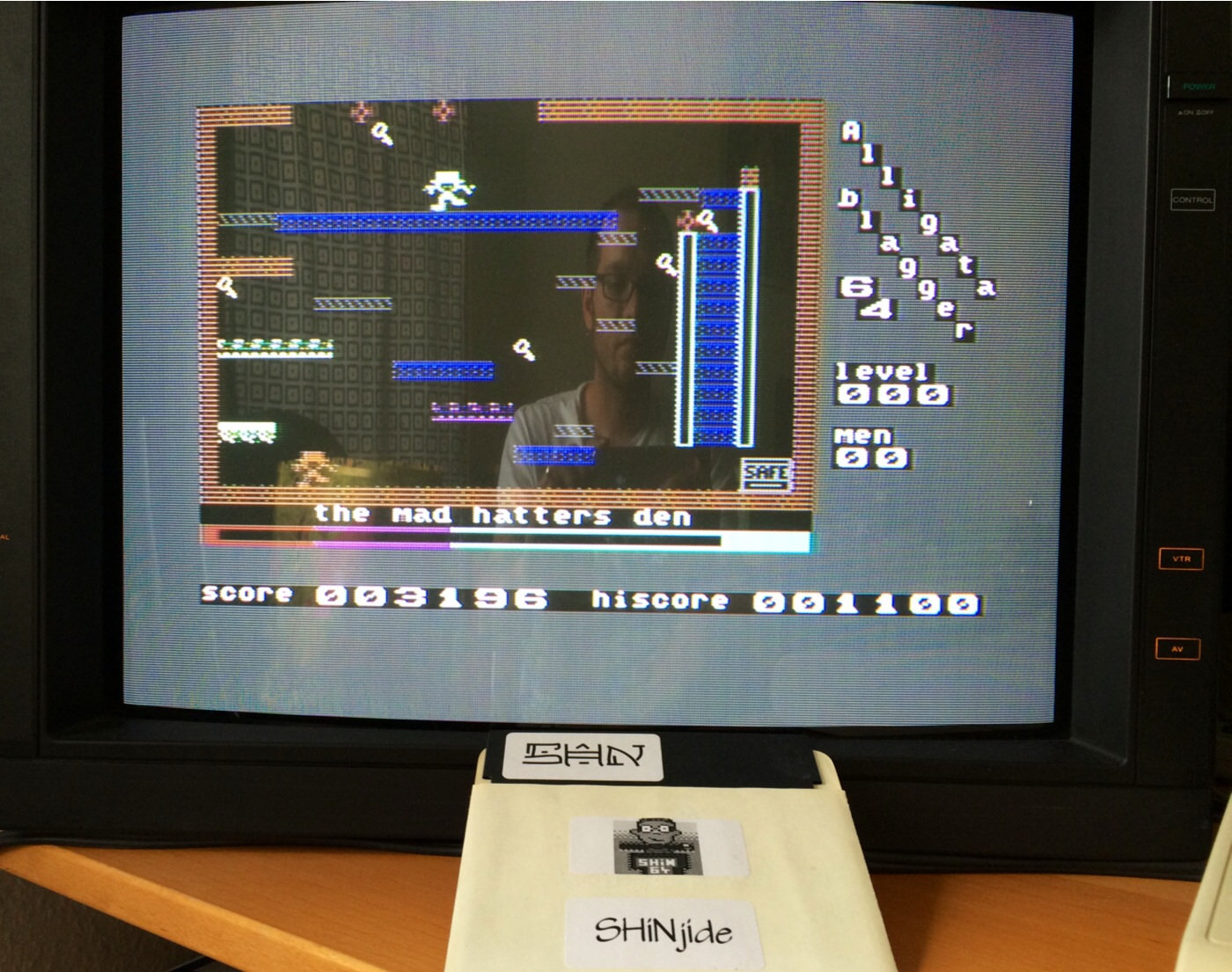SHiNjide: Blagger (Commodore 64) 3,196 points on 2014-07-01 09:42:37