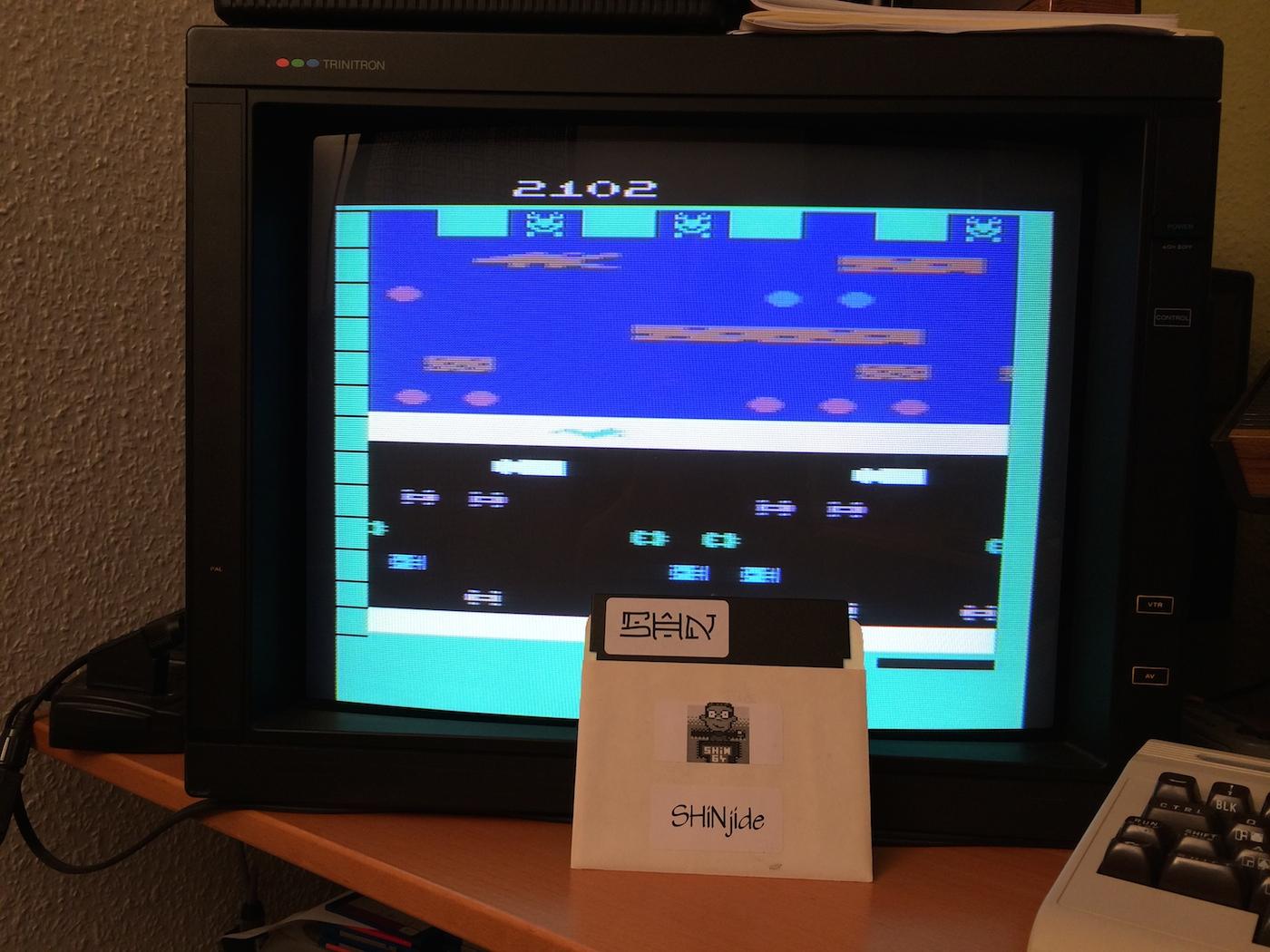 SHiNjide: Frogger (Atari 2600 Expert/A) 2,102 points on 2014-07-09 16:59:31
