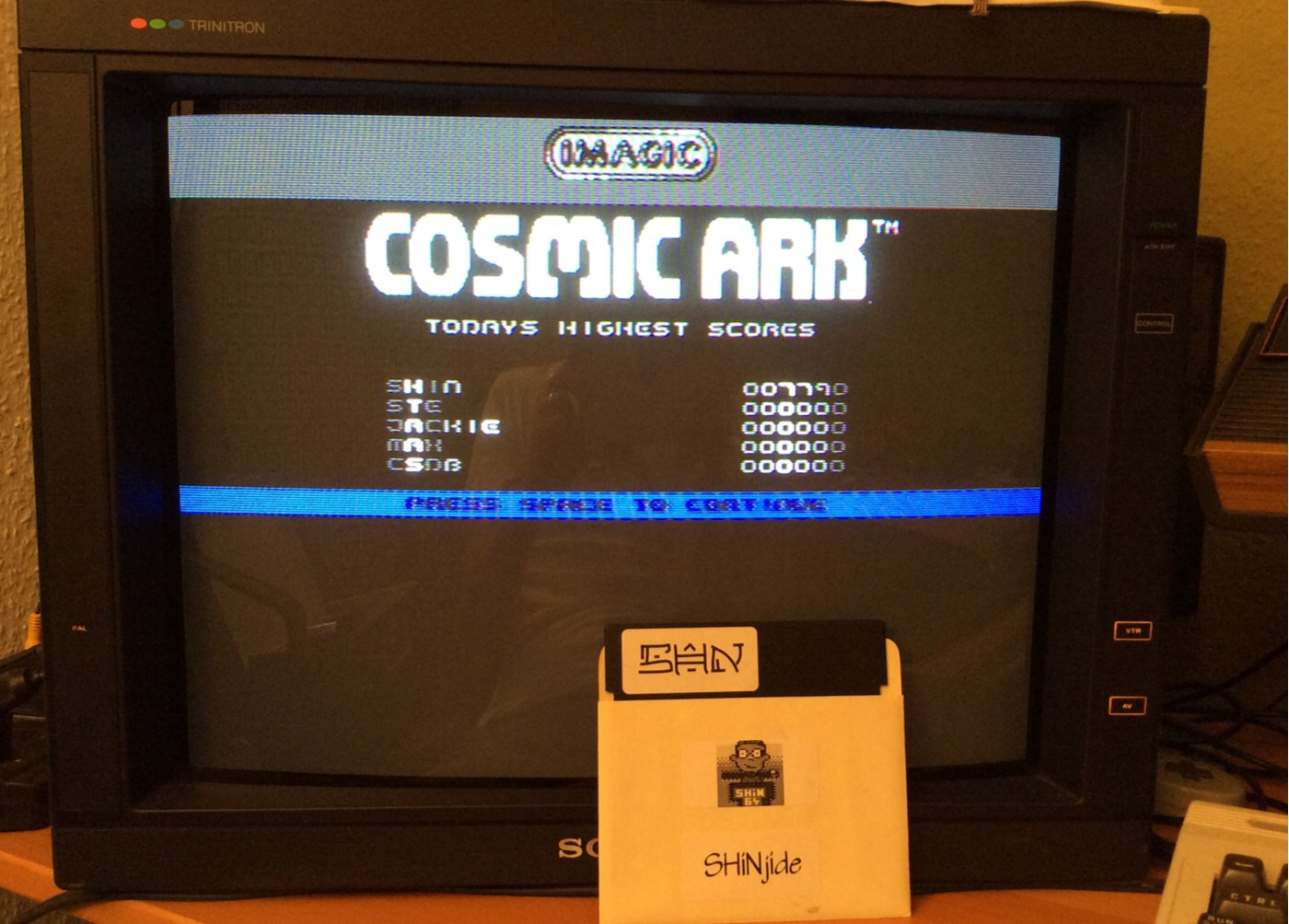 SHiNjide: Cosmic Ark (Commodore 64) 7,790 points on 2014-07-11 12:35:57