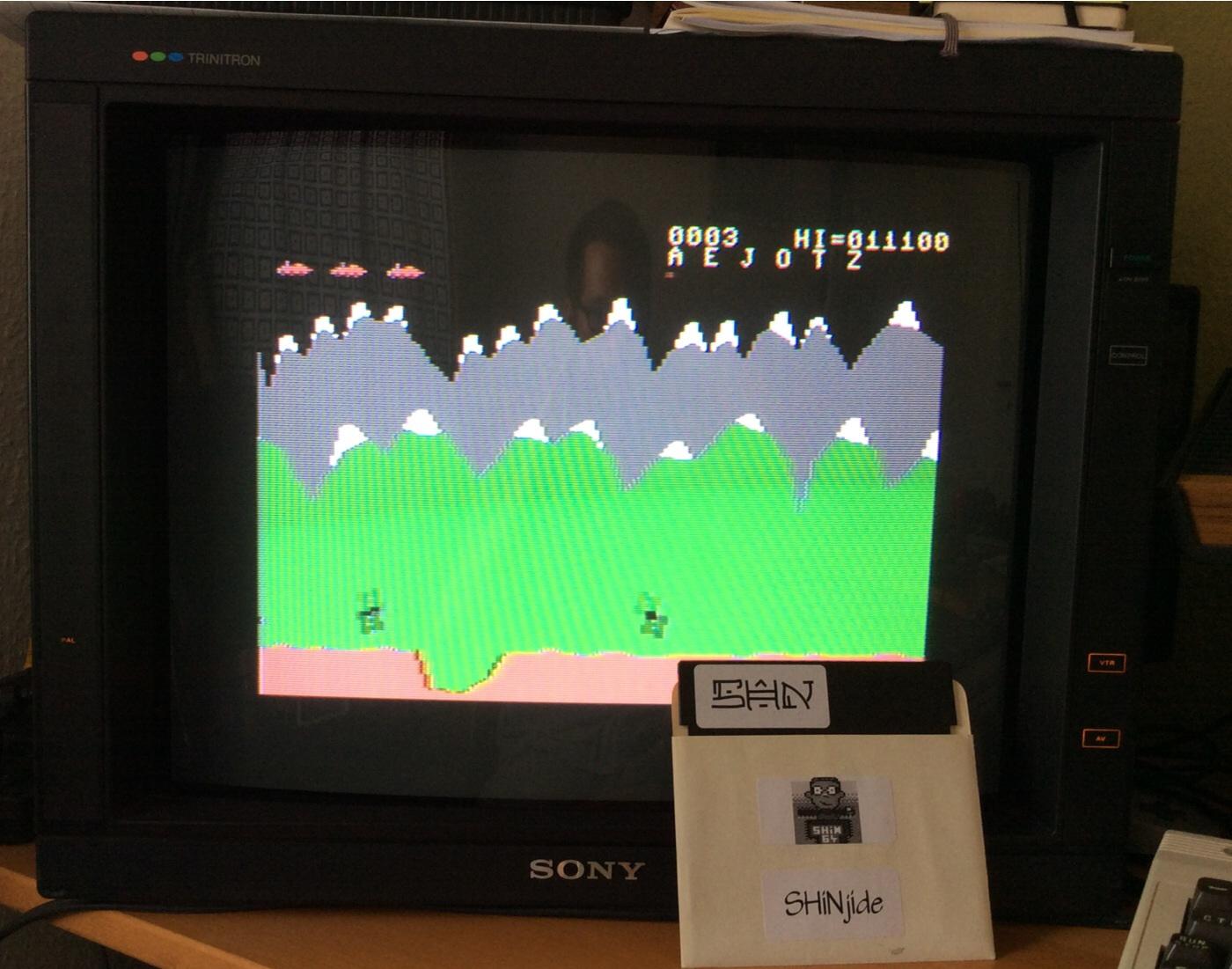 SHiNjide: Moon Patrol (Commodore 64) 11,100 points on 2014-07-14 12:06:05