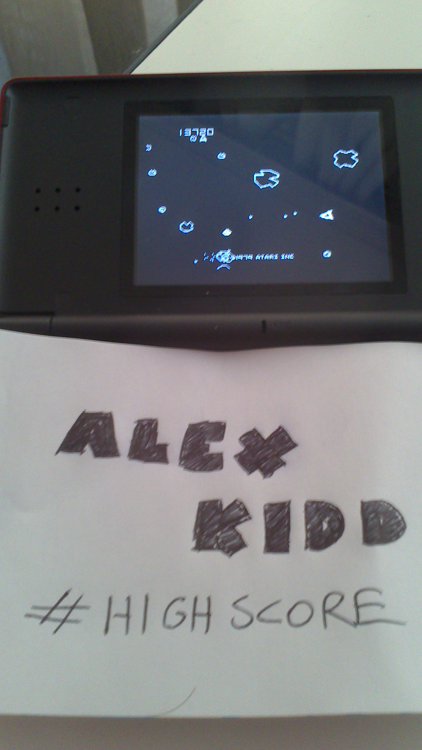 AlexKidd: Asteroids (GBA) 13,720 points on 2014-07-16 14:20:38
