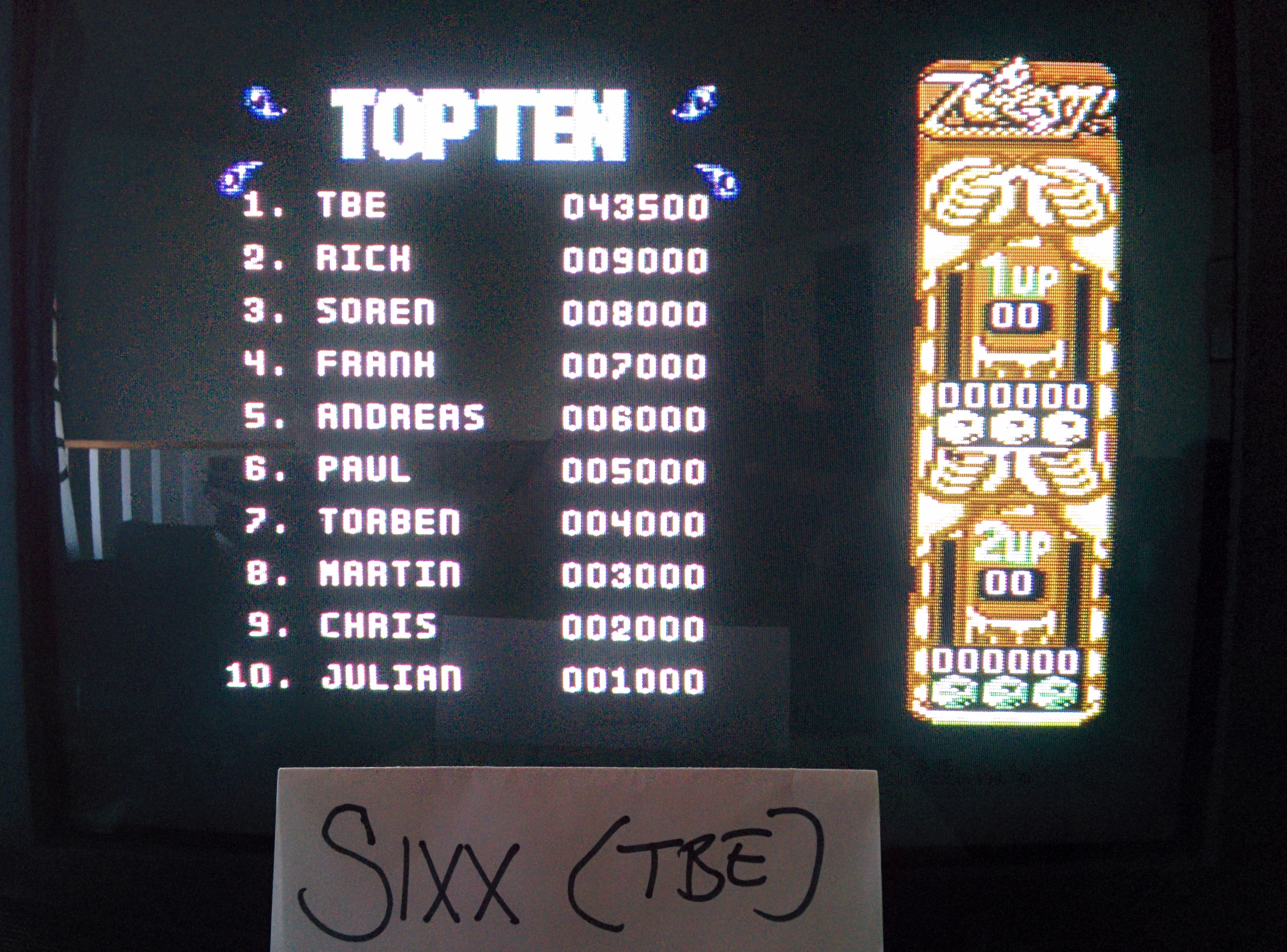 Sixx: ZOOM! (Commodore 64) 43,500 points on 2014-07-19 07:13:22