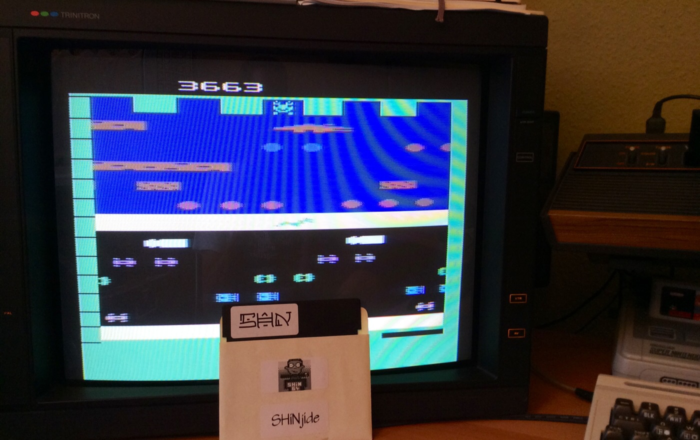SHiNjide: Frogger (Atari 2600 Novice/B) 3,663 points on 2014-08-02 10:41:42