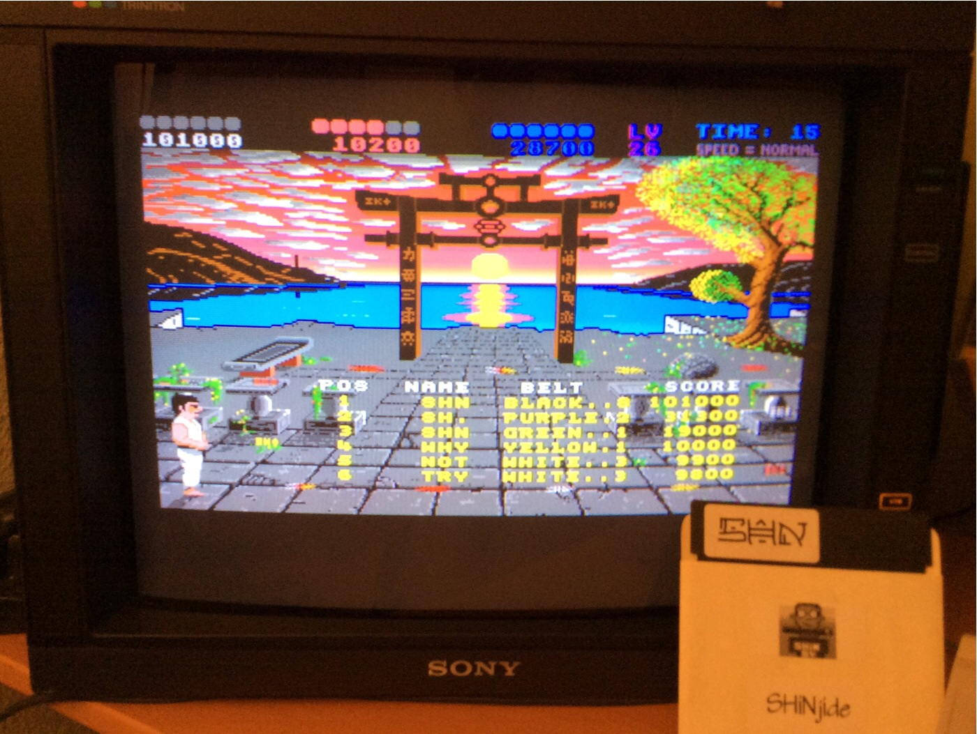 SHiNjide: IK+ (Amiga) 101,000 points on 2014-08-06 15:38:08