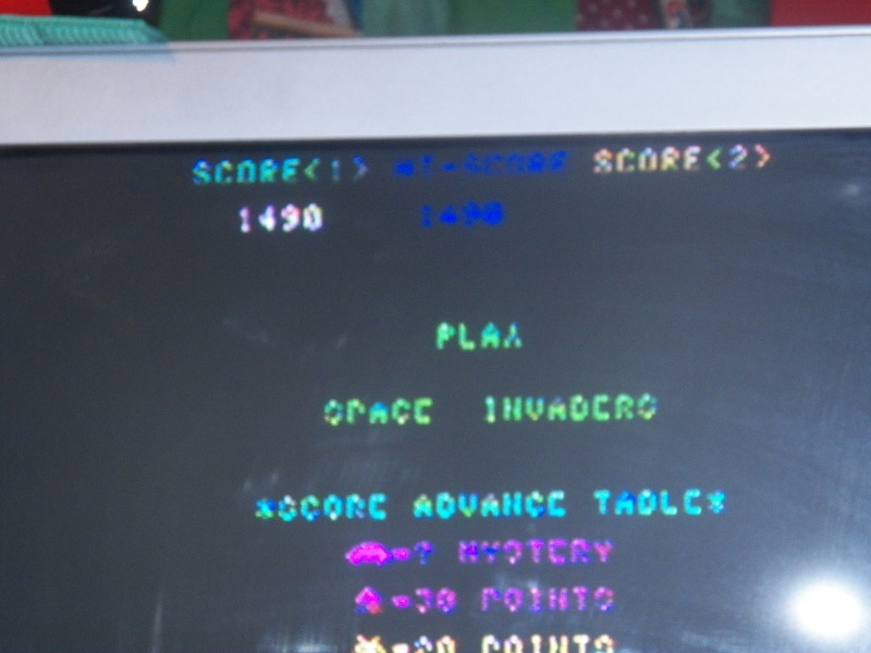 Space Invaders 1,490 points
