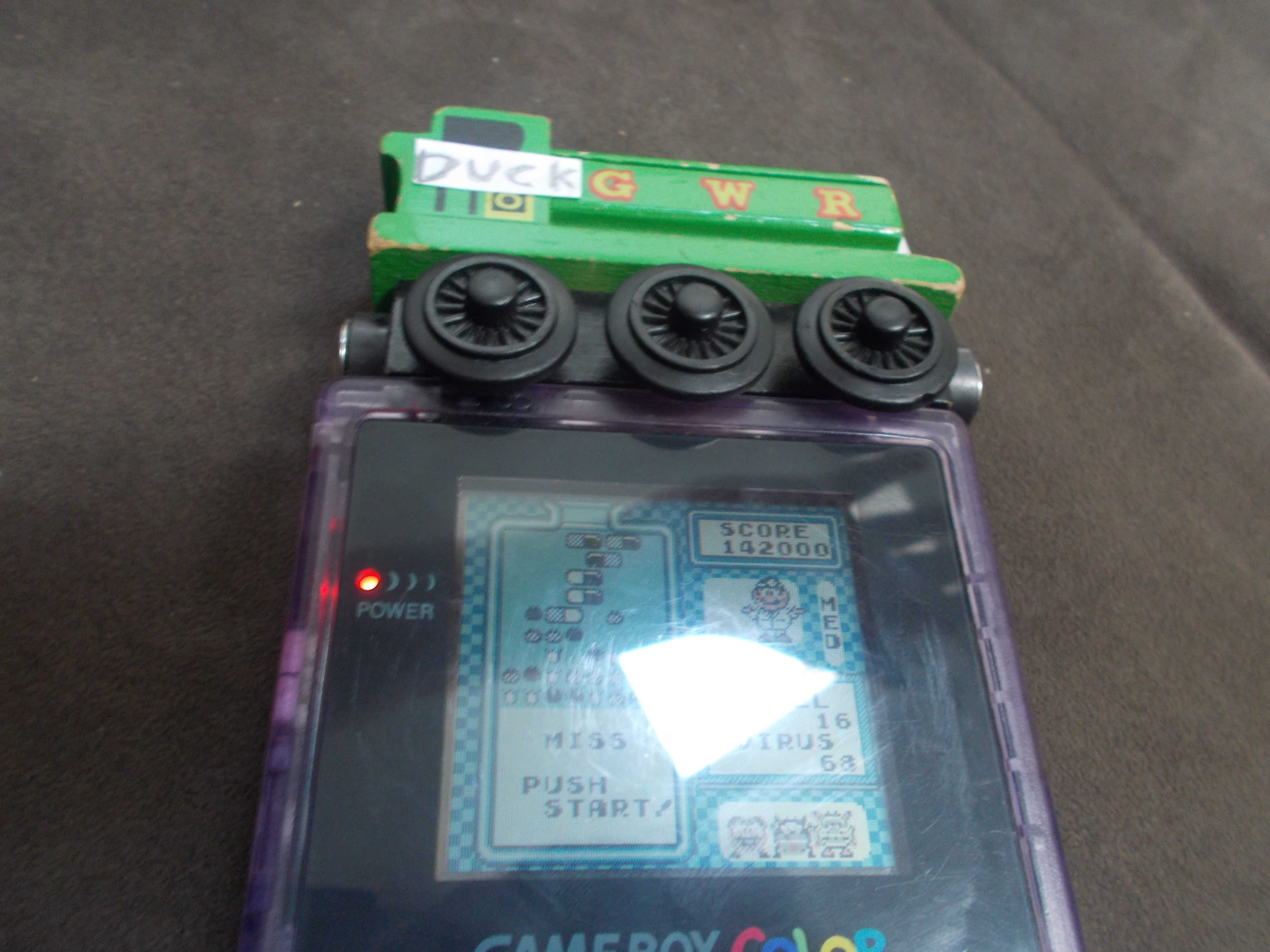 DuckGWR: Dr. Mario [Medium] (Game Boy) 142,000 points on 2014-08-25 17:13:09