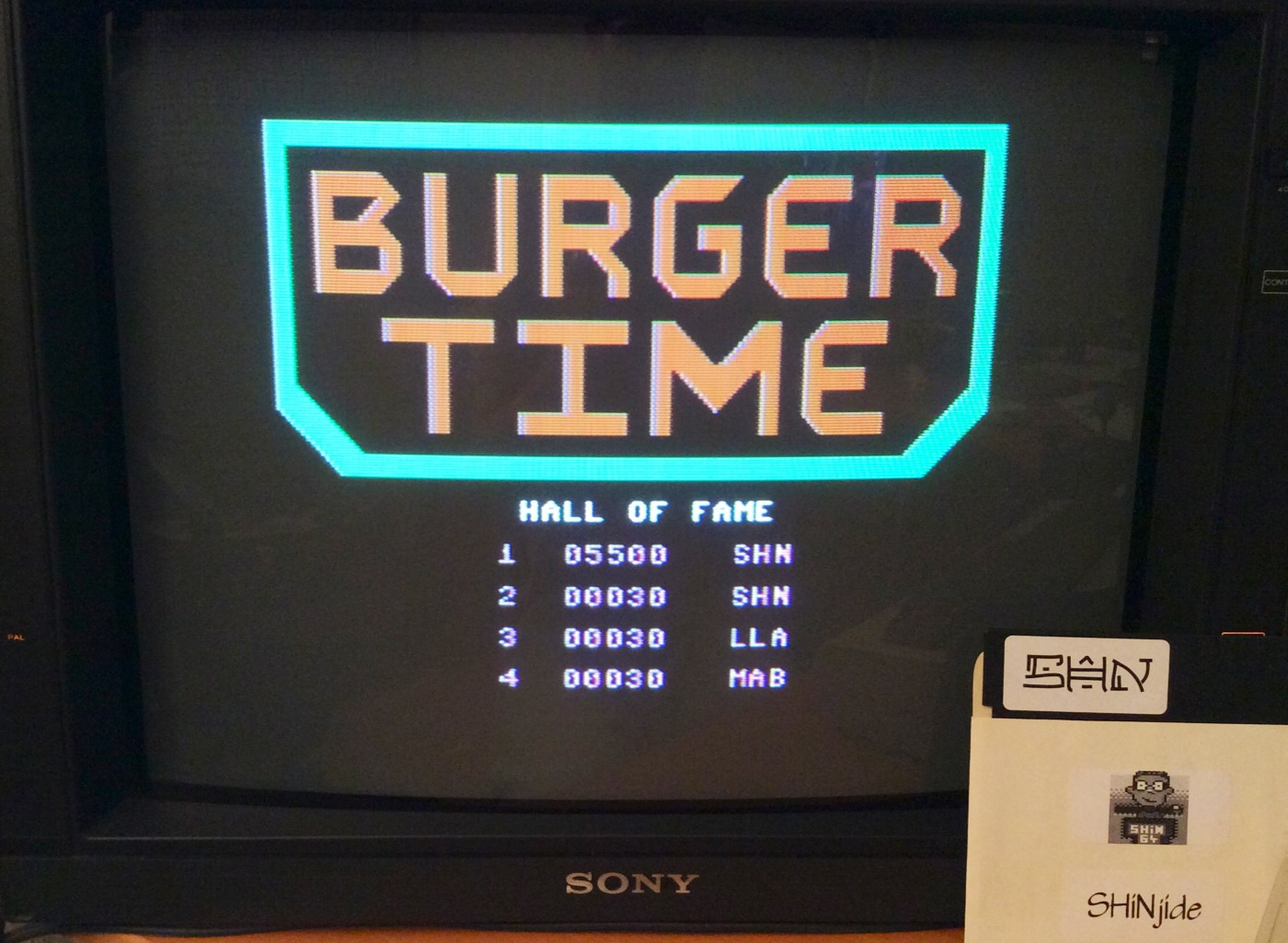 SHiNjide: Burger Time (Commodore 64) 5,500 points on 2014-08-31 14:51:17