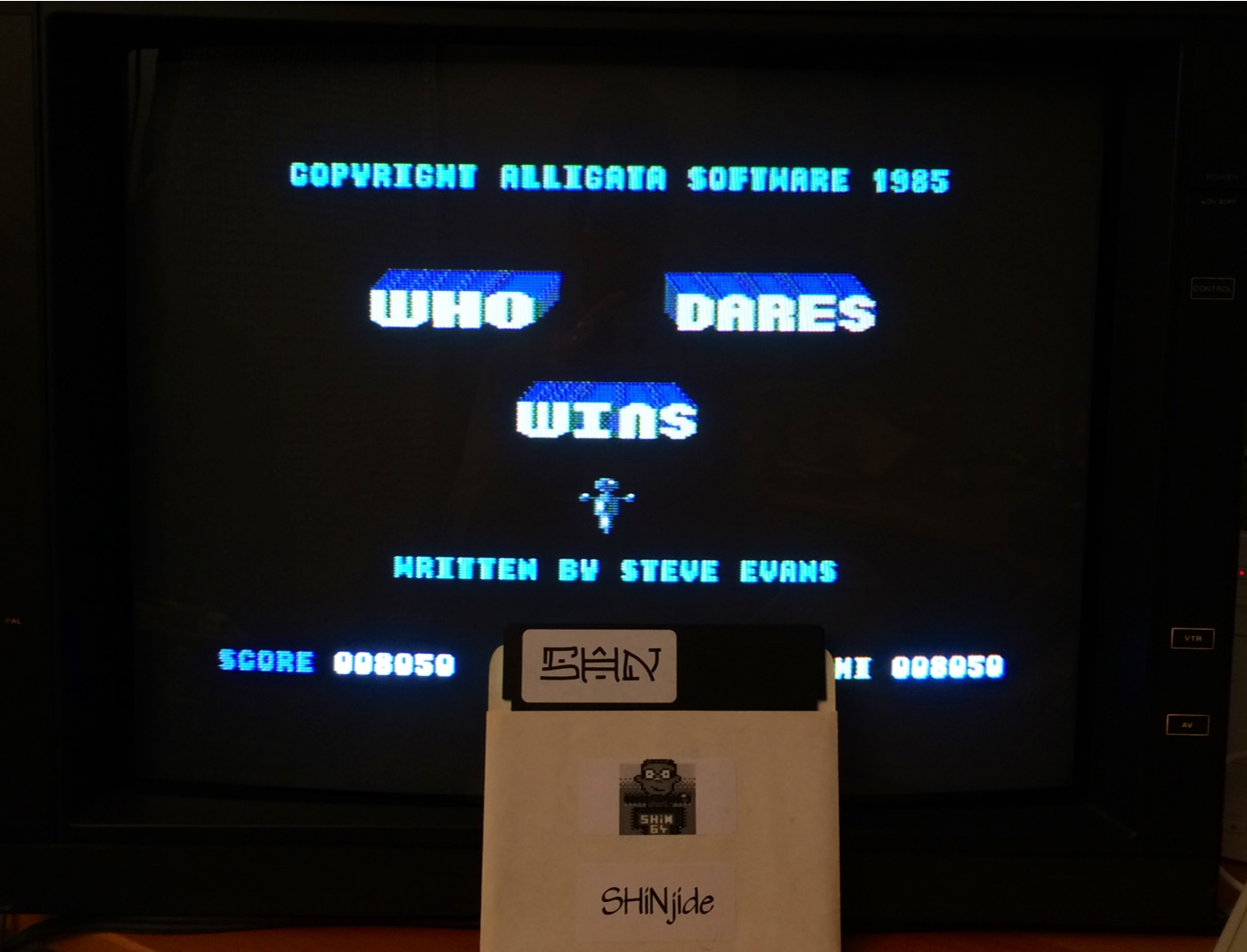 SHiNjide: Who Dares Wins (Commodore 64) 8,050 points on 2014-09-25 16:04:49