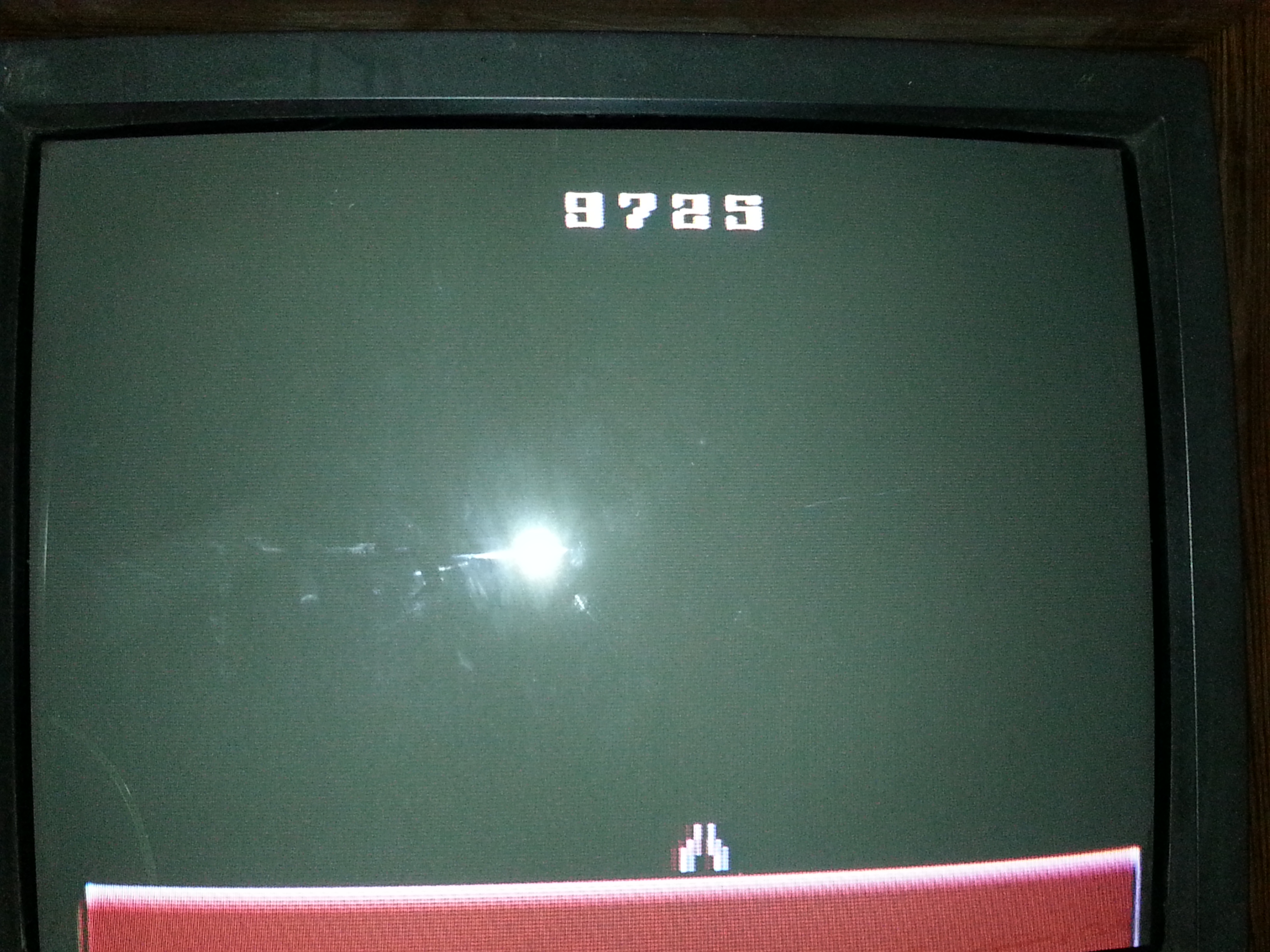 mattyice82: Demon Attack (Atari 2600 Expert/A) 9,725 points on 2014-09-25 19:53:39