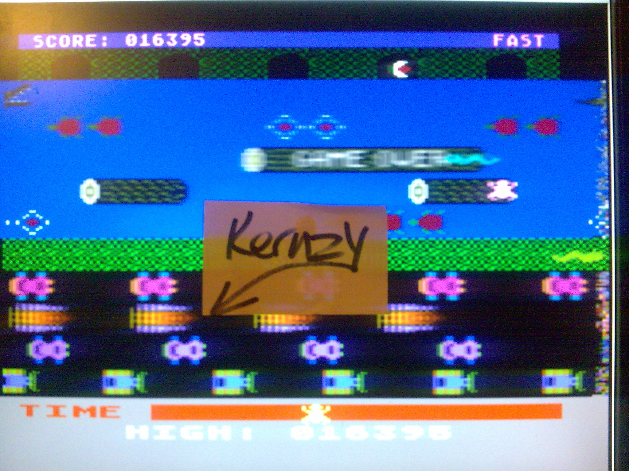 kernzy: Frogger: Fast [Sierra Online/John Harris] (Atari 400/800/XL/XE Emulated) 16,395 points on 2014-10-17 20:59:33