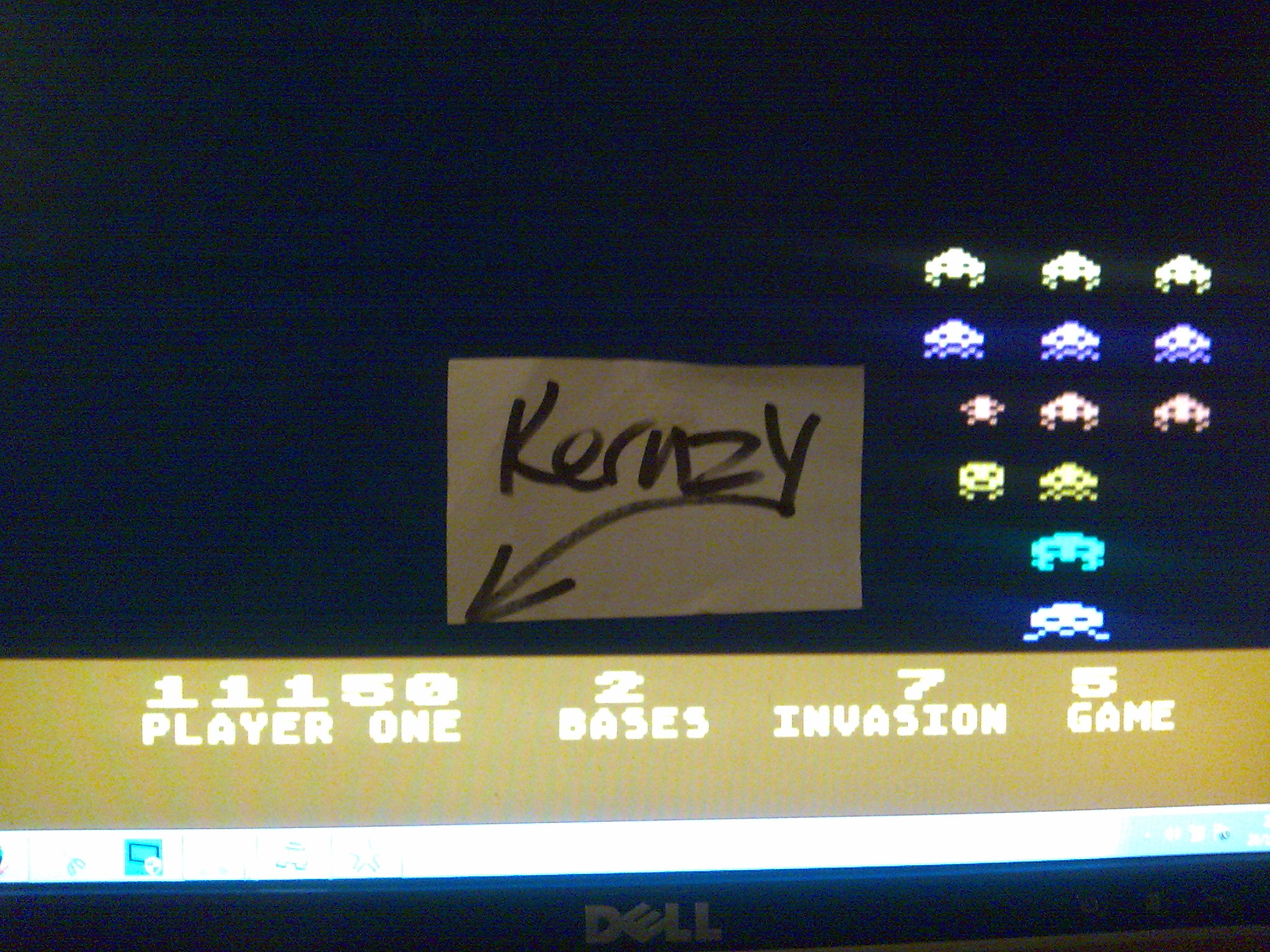 kernzy: Deluxe Invaders: Game 5 (Atari 400/800/XL/XE Emulated) 11,150 points on 2014-10-21 13:00:56