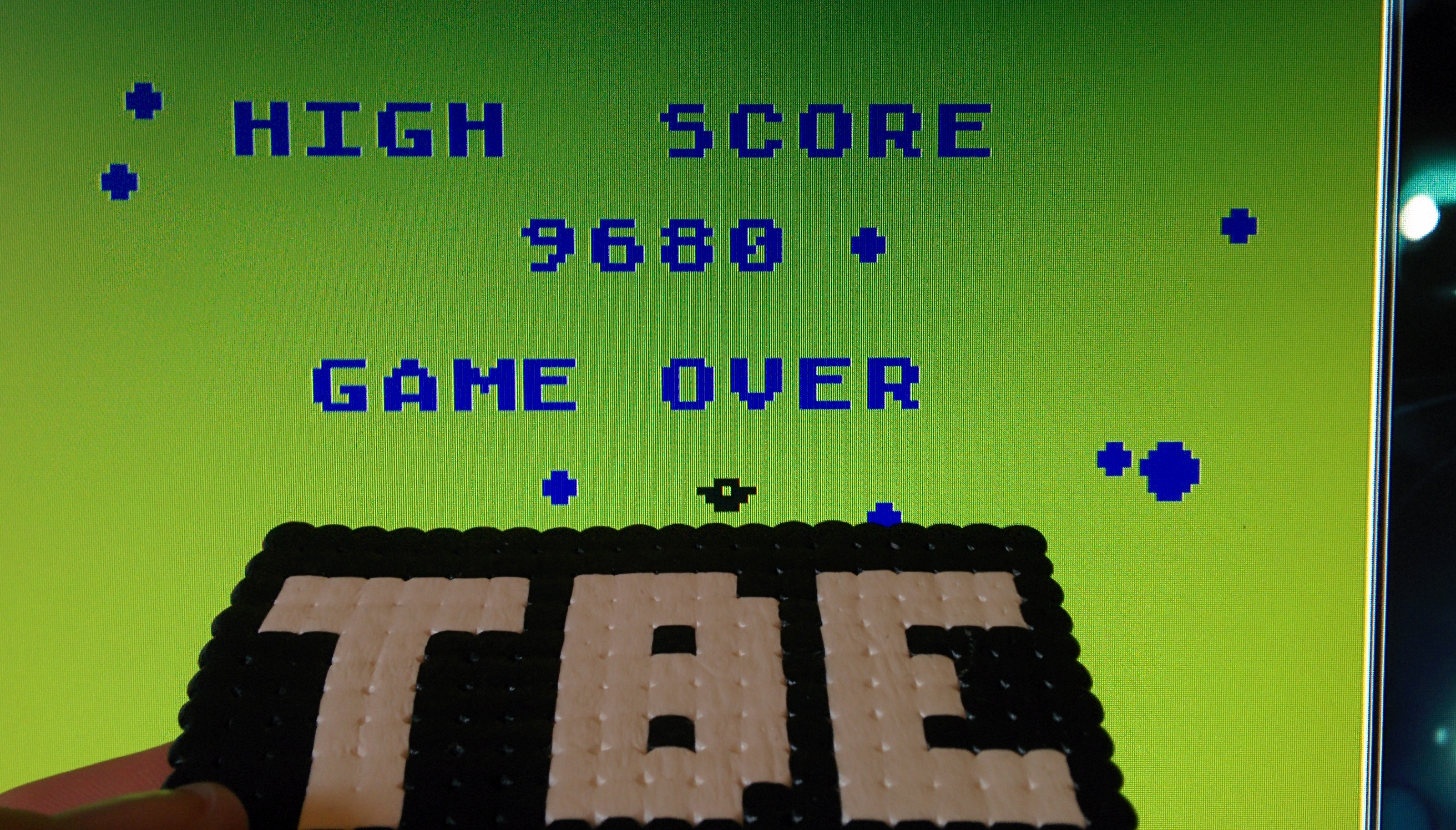 Sixx: Asteroids: Fast/Hyperspace/Bounce (Atari 400/800/XL/XE Emulated) 9,680 points on 2014-10-24 09:04:11
