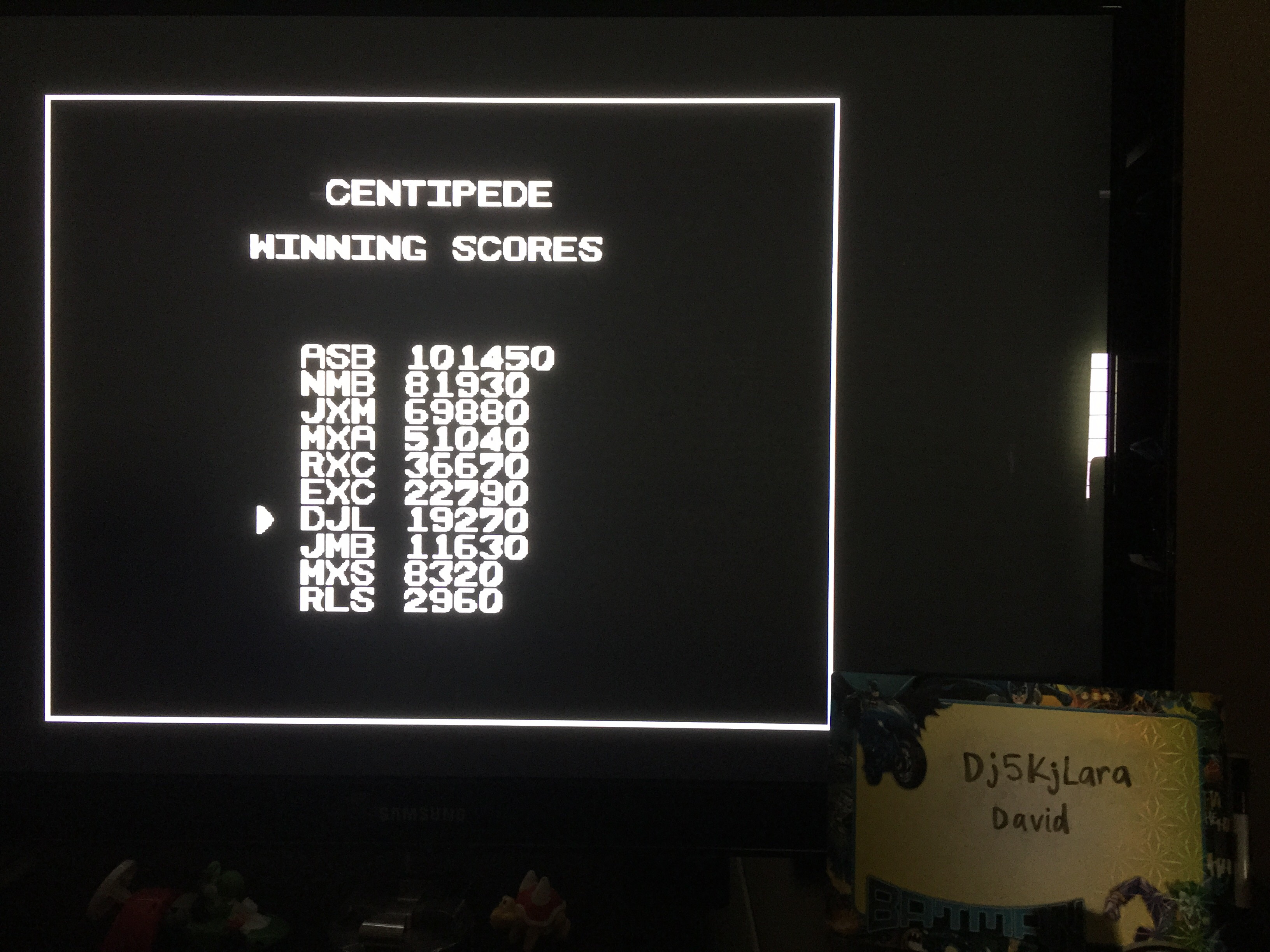 dj5kjlara: Arcade Classics: Centipede (Sega Genesis / MegaDrive Emulated) 19,270 points on 2014-10-25 14:17:54