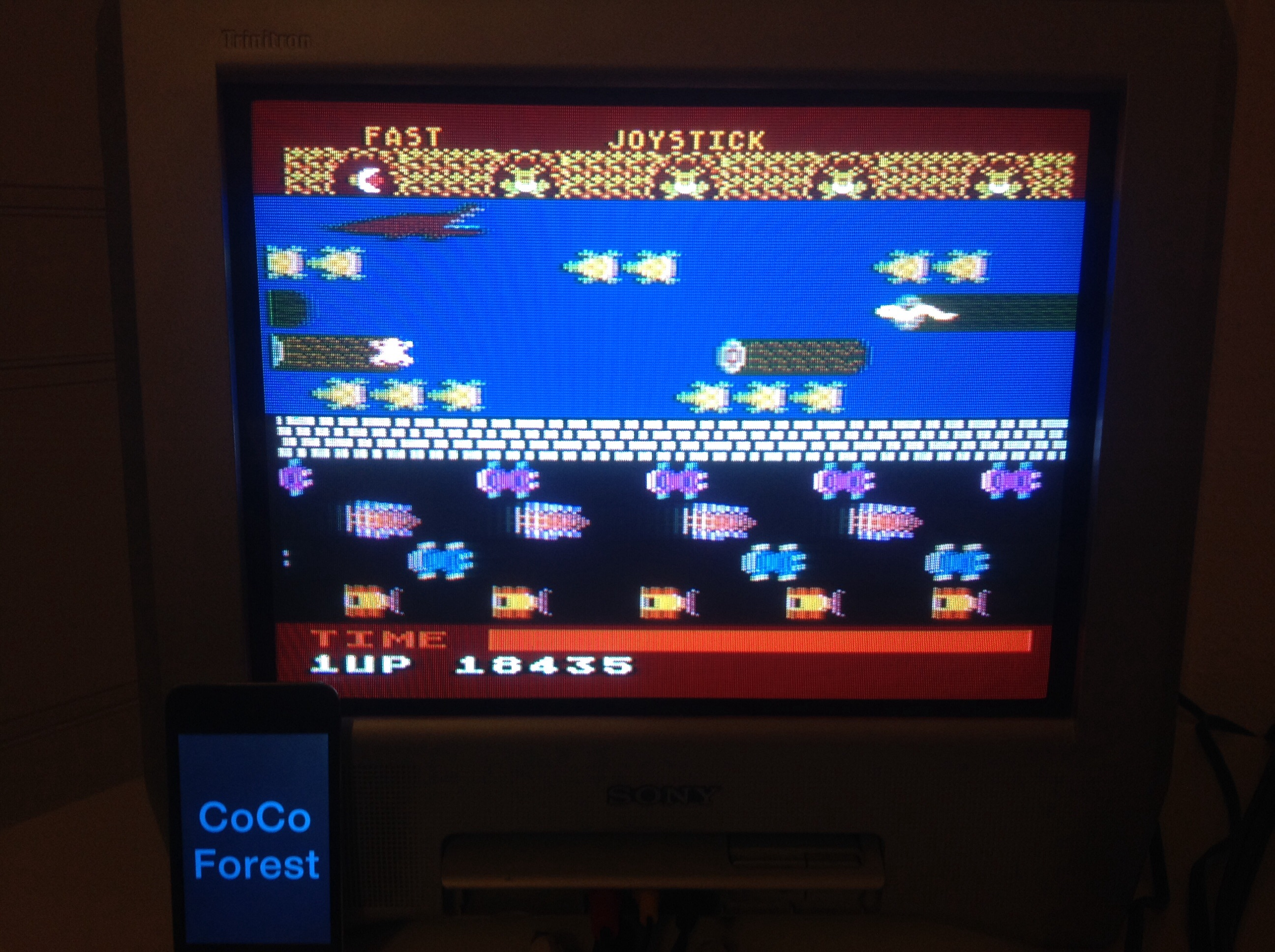 CoCoForest: Frogger (Atari 5200) 18,435 points on 2014-11-06 14:52:12