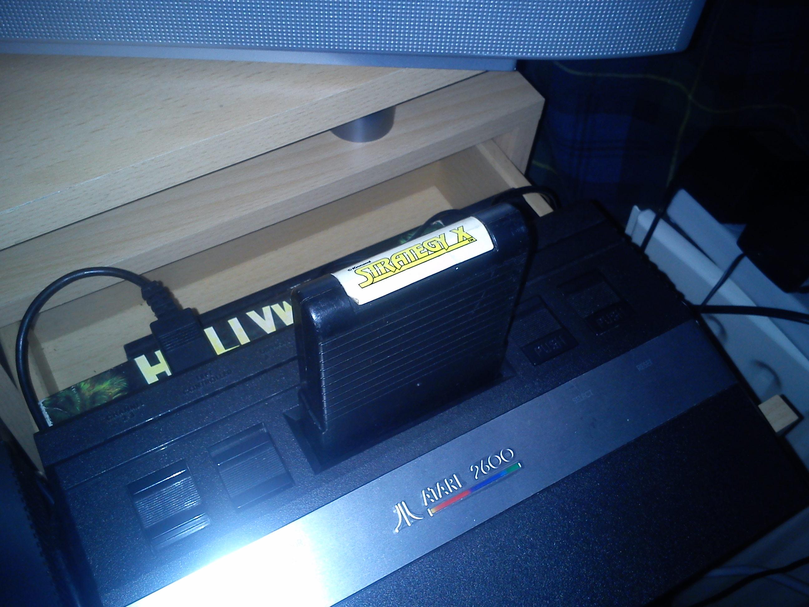 Fr0st: Strategy X (Atari 2600 Novice/B) 5,300 points on 2014-11-08 15:09:26