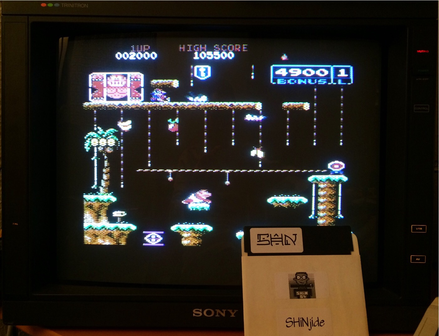 SHiNjide: Donkey Kong Junior: Standard (Commodore 64) 105,500 points on 2014-11-21 13:17:58