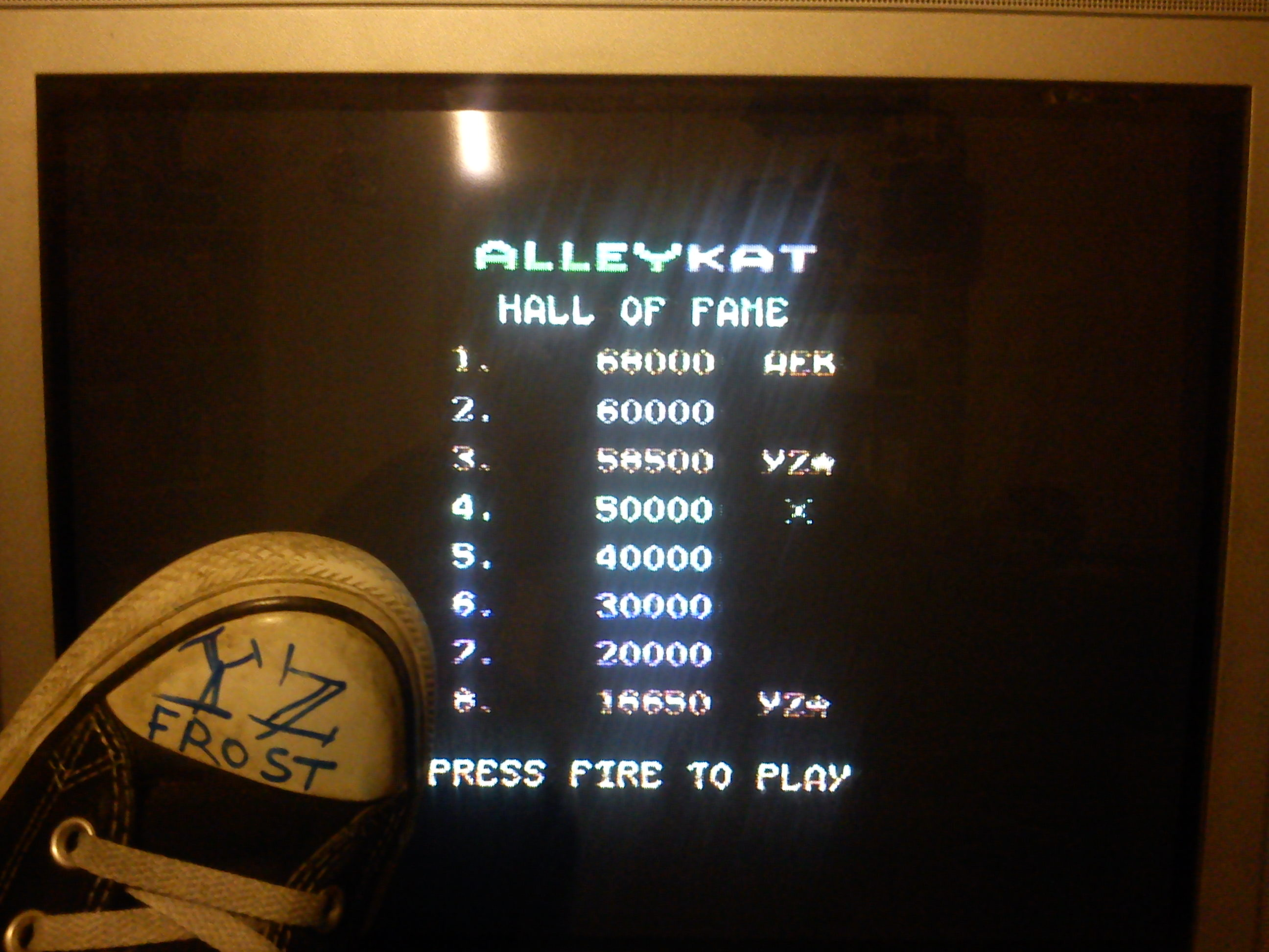 Fr0st: Alleykat [C64 mode] (Commodore 64) 58,500 points on 2014-11-28 16:16:28
