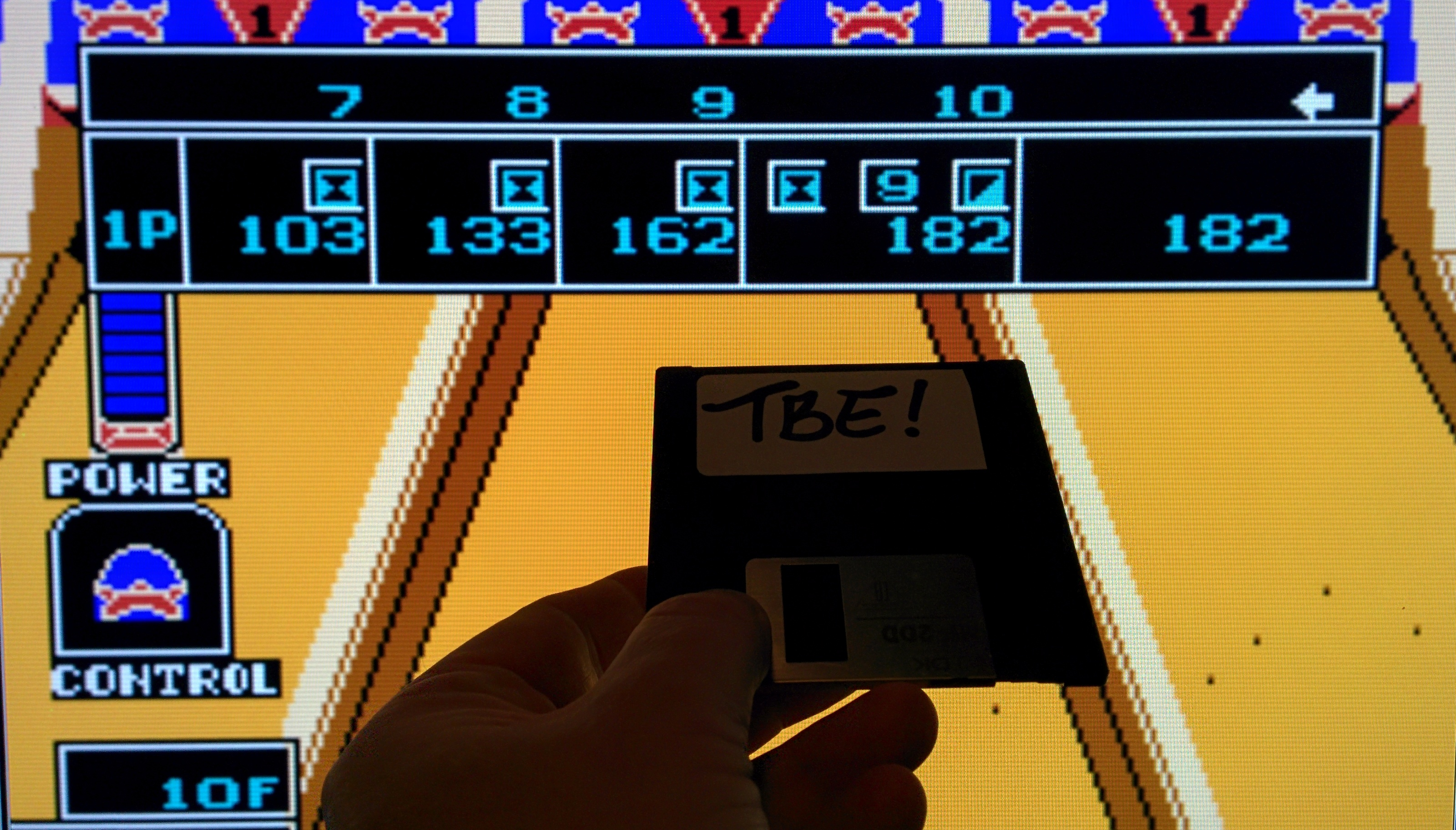 Sixx: Championship Bowling (NES/Famicom Emulated) 182 points on 2014-11-29 13:51:51