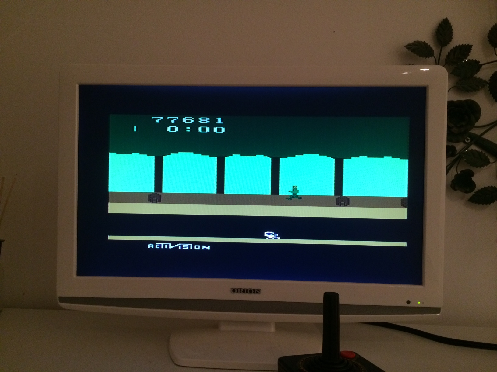LLe: Pitfall! (Atari 2600 Expert/A) 77,681 points on 2014-12-04 10:17:20