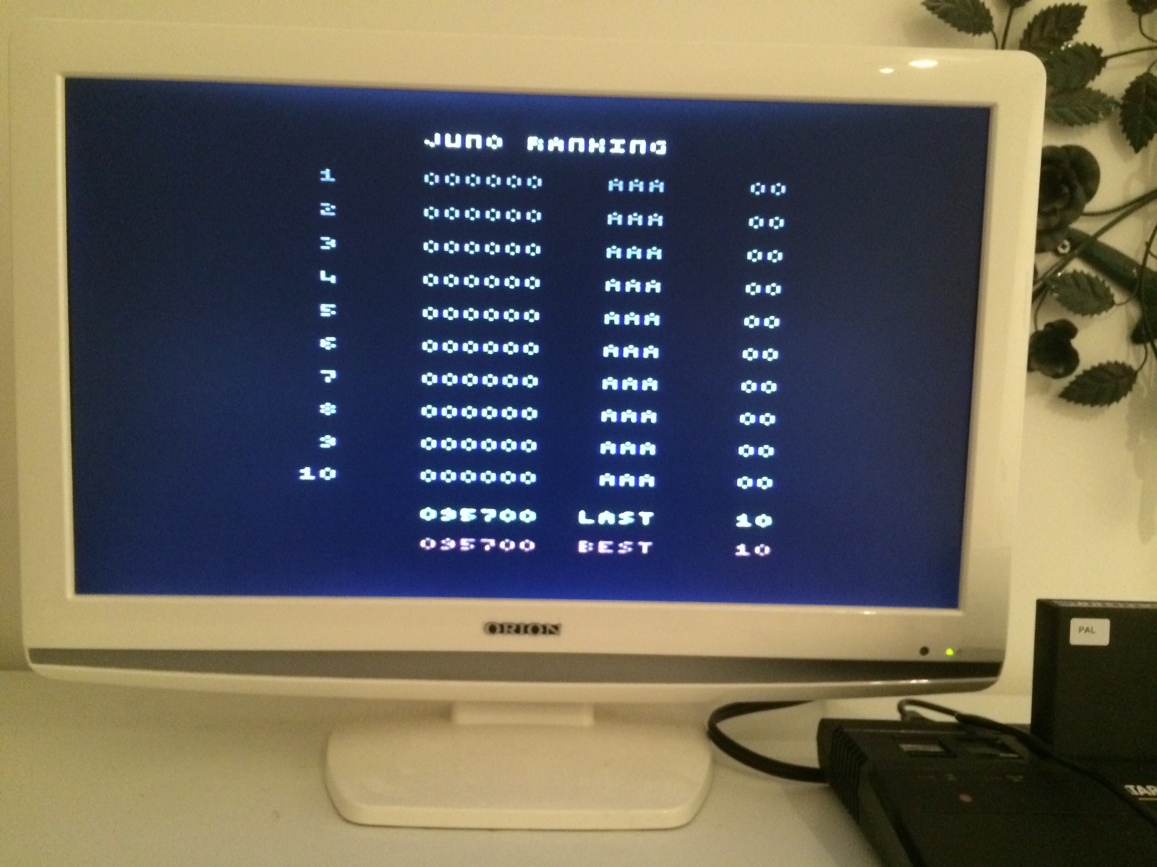 LLe: Juno First (Atari 2600 Expert/A) 95,700 points on 2014-12-06 04:42:01