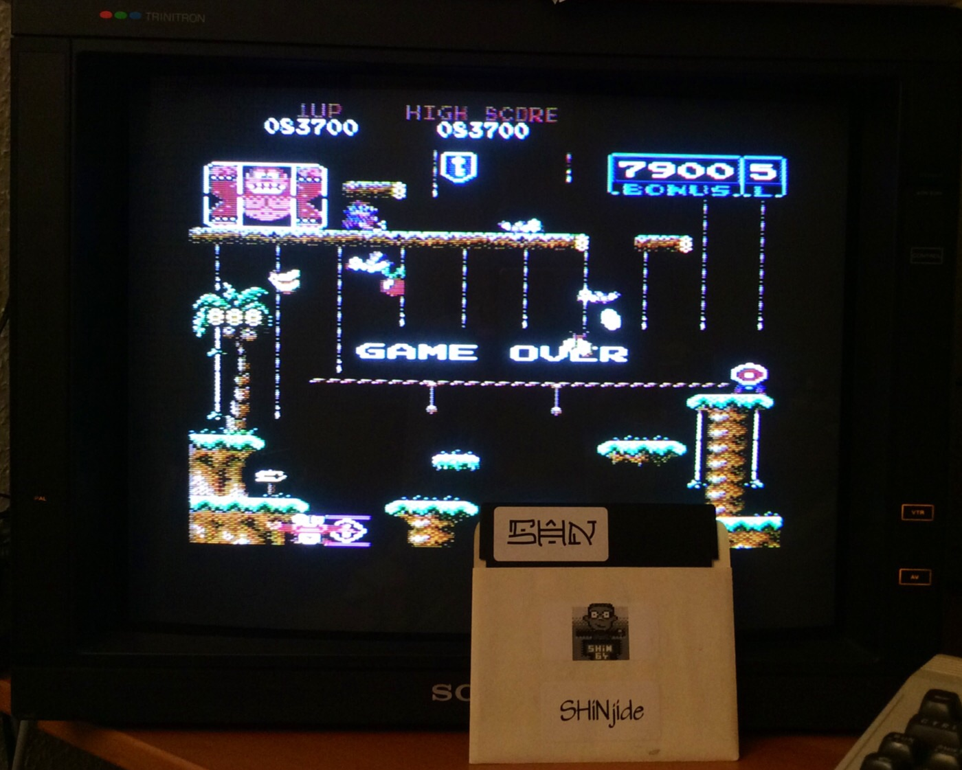 SHiNjide: Donkey Kong Junior: Advanced (Commodore 64) 83,700 points on 2014-12-15 15:58:31