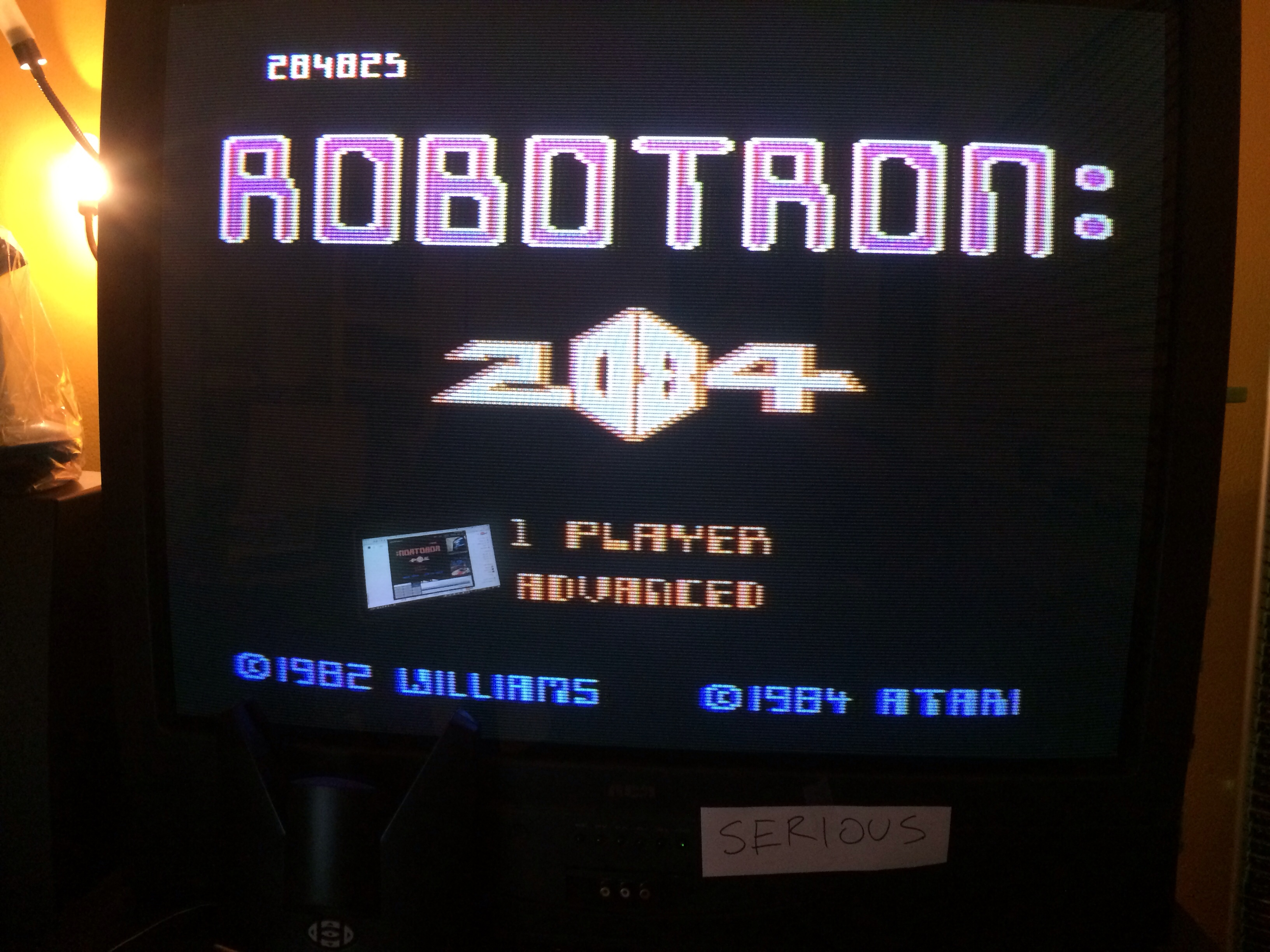 Robotron 2084: Advanced 284,825 points