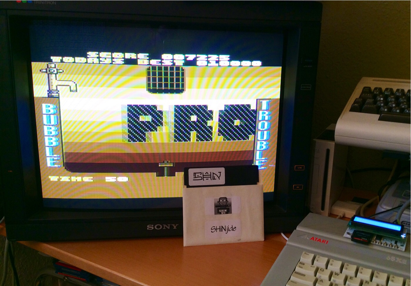 SHiNjide: Bubble Trouble (Atari 400/800/XL/XE) 7,225 points on 2015-01-11 05:55:39