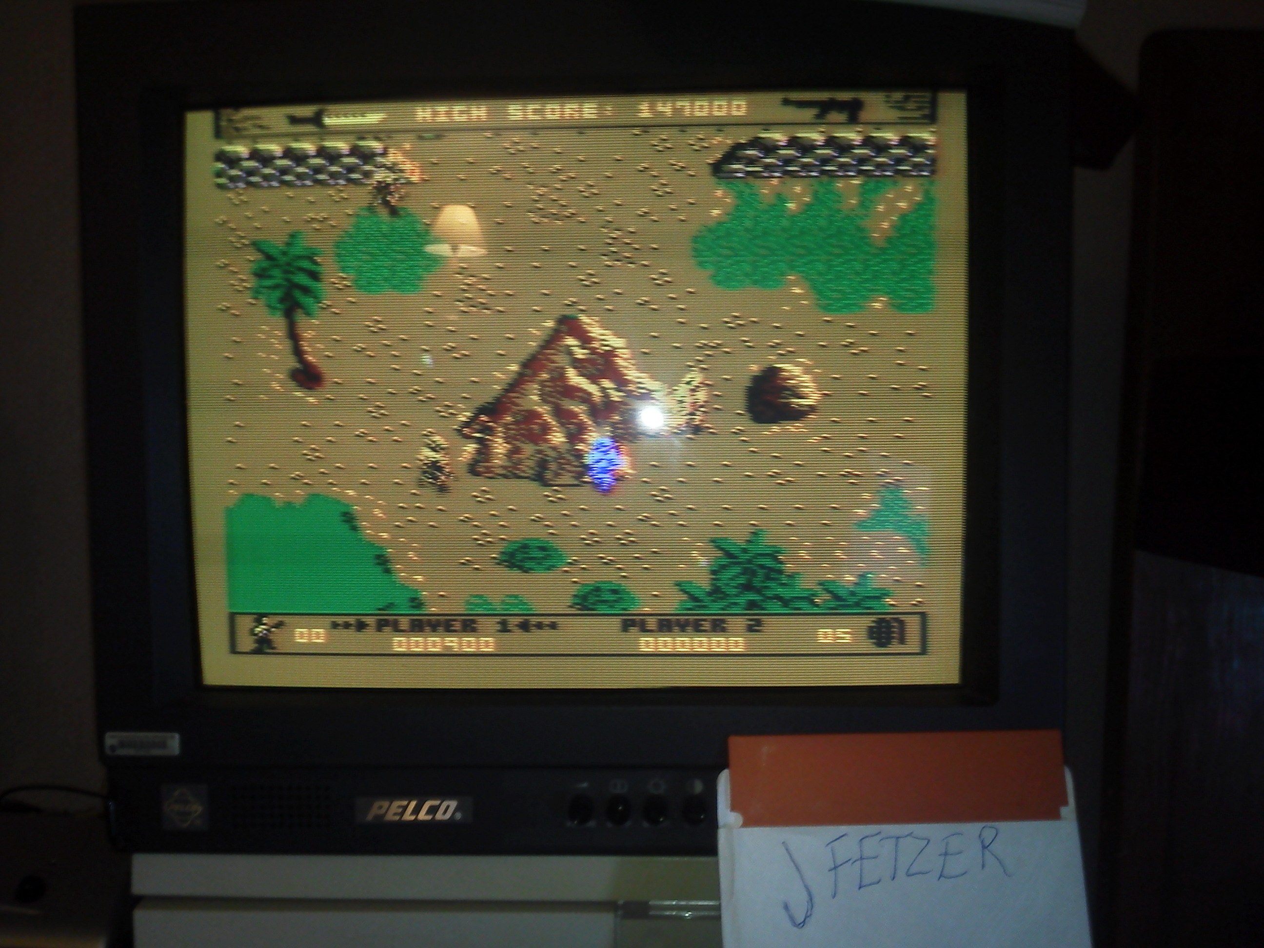 jfetzer: Commando [Beginner] (Atari 400/800/XL/XE) 147,000 points on 2015-01-11 13:32:35