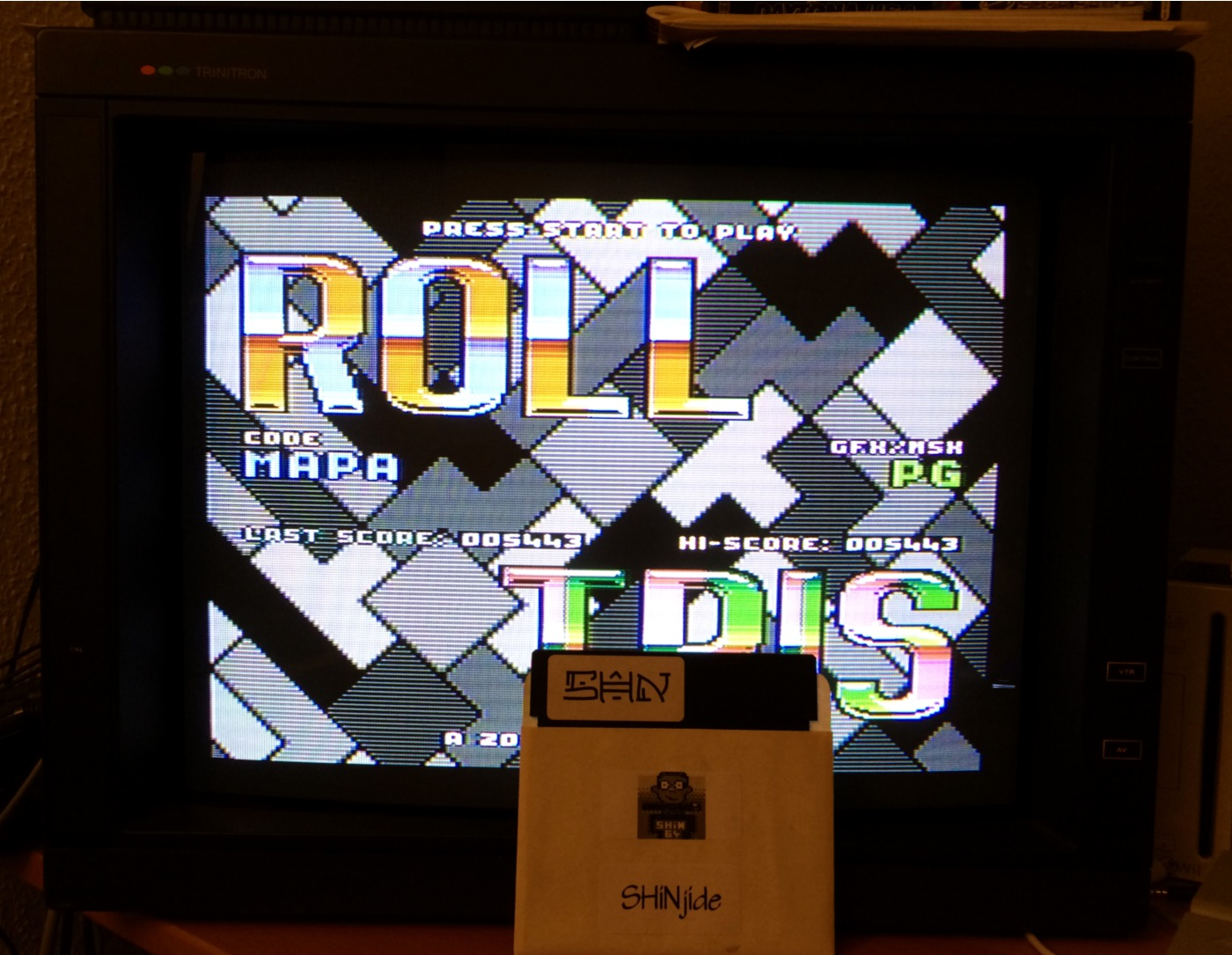 SHiNjide: Rolltris (Atari 400/800/XL/XE) 5,443 points on 2015-01-16 16:55:20